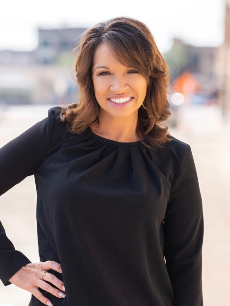 Kat Leos Profile Image