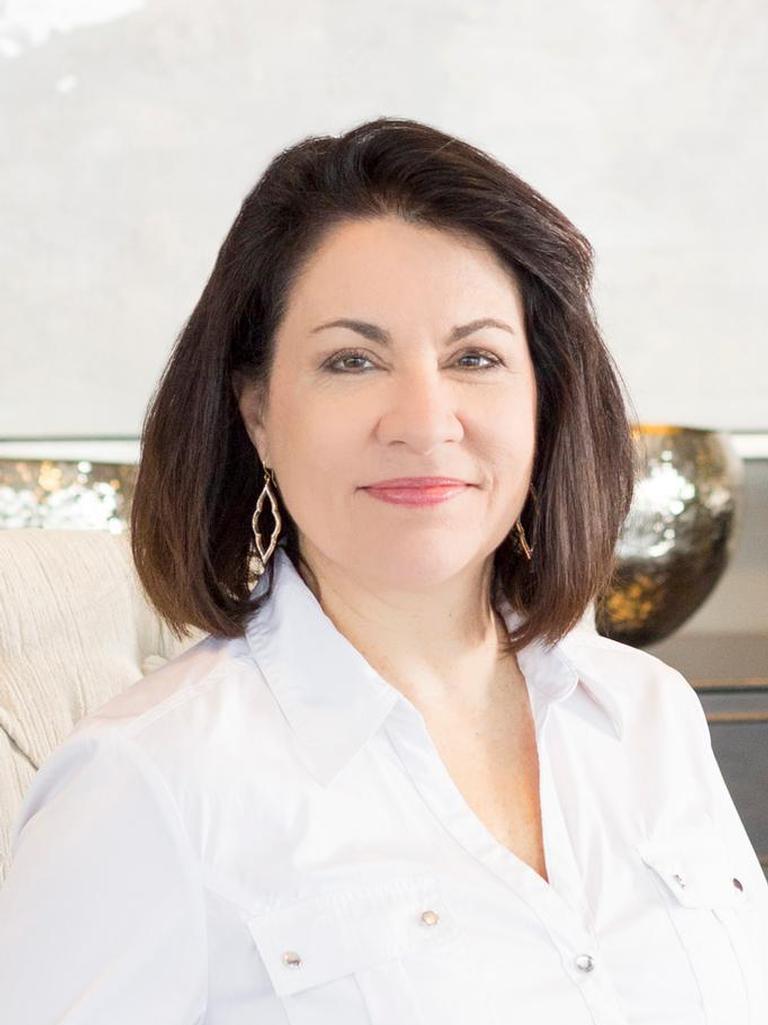 Debbie Vanek Profile Image