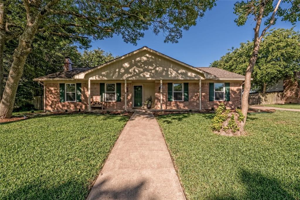 445 W Lindenwood Lane Property Photo