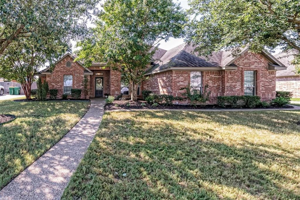 324 N Cedar Ridge Circle Property Photo 1