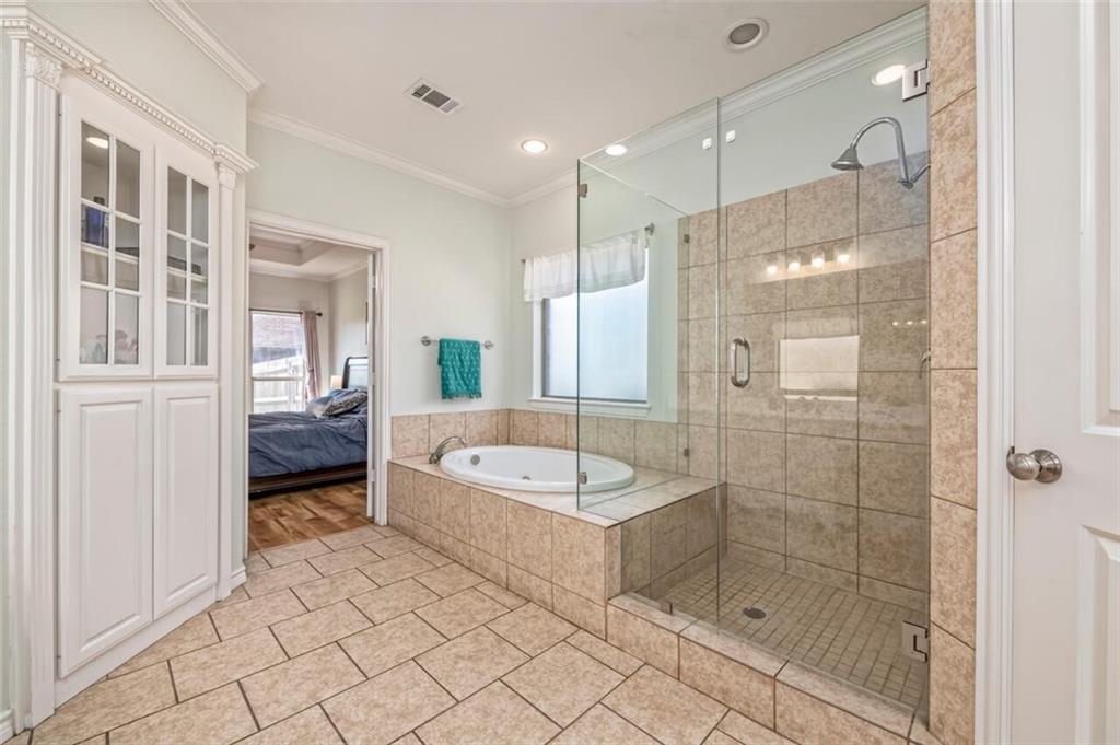 324 N Cedar Ridge Circle Property Picture 8