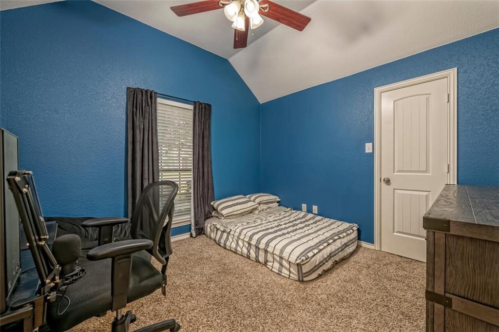 324 N Cedar Ridge Circle Property Picture 9