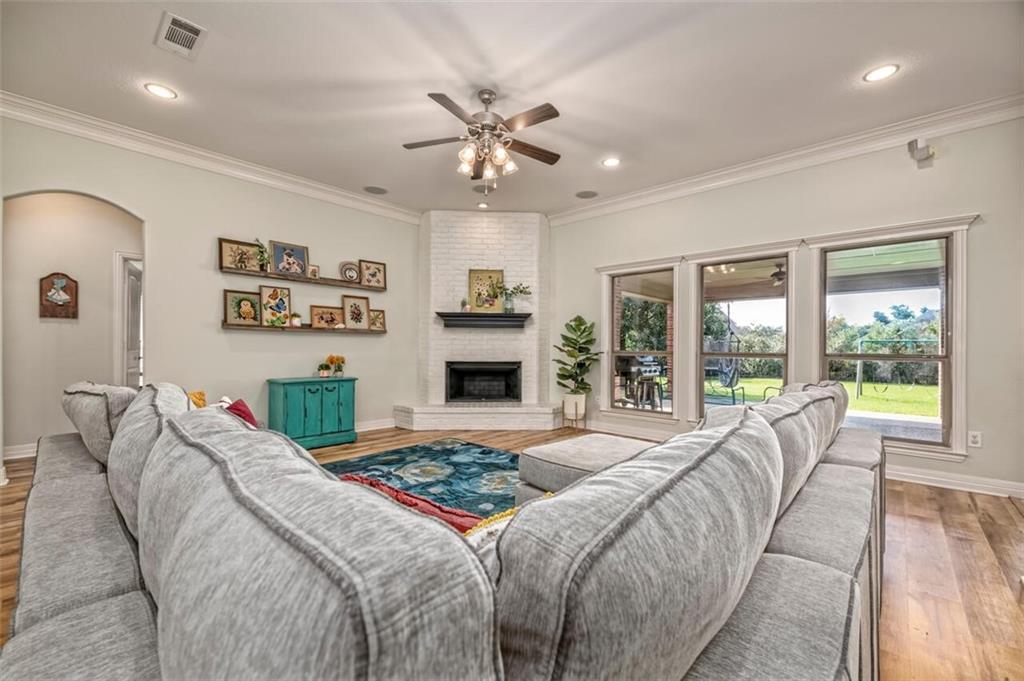 324 N Cedar Ridge Circle Property Picture 17