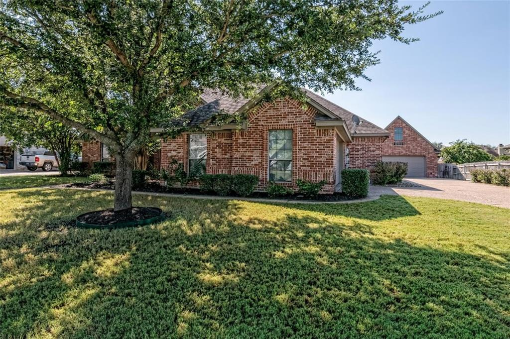 324 N Cedar Ridge Circle Property Picture 31