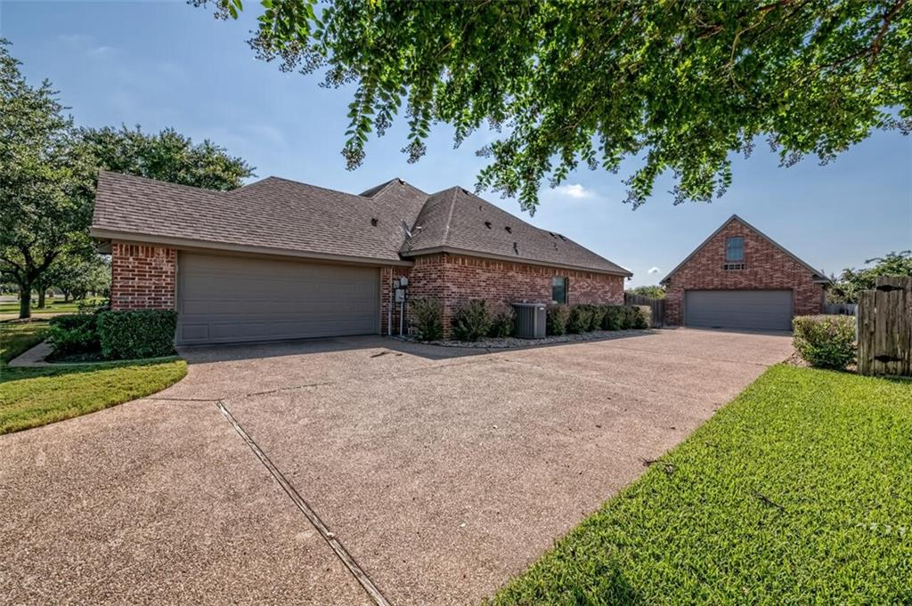 324 N Cedar Ridge Circle Property Picture 33