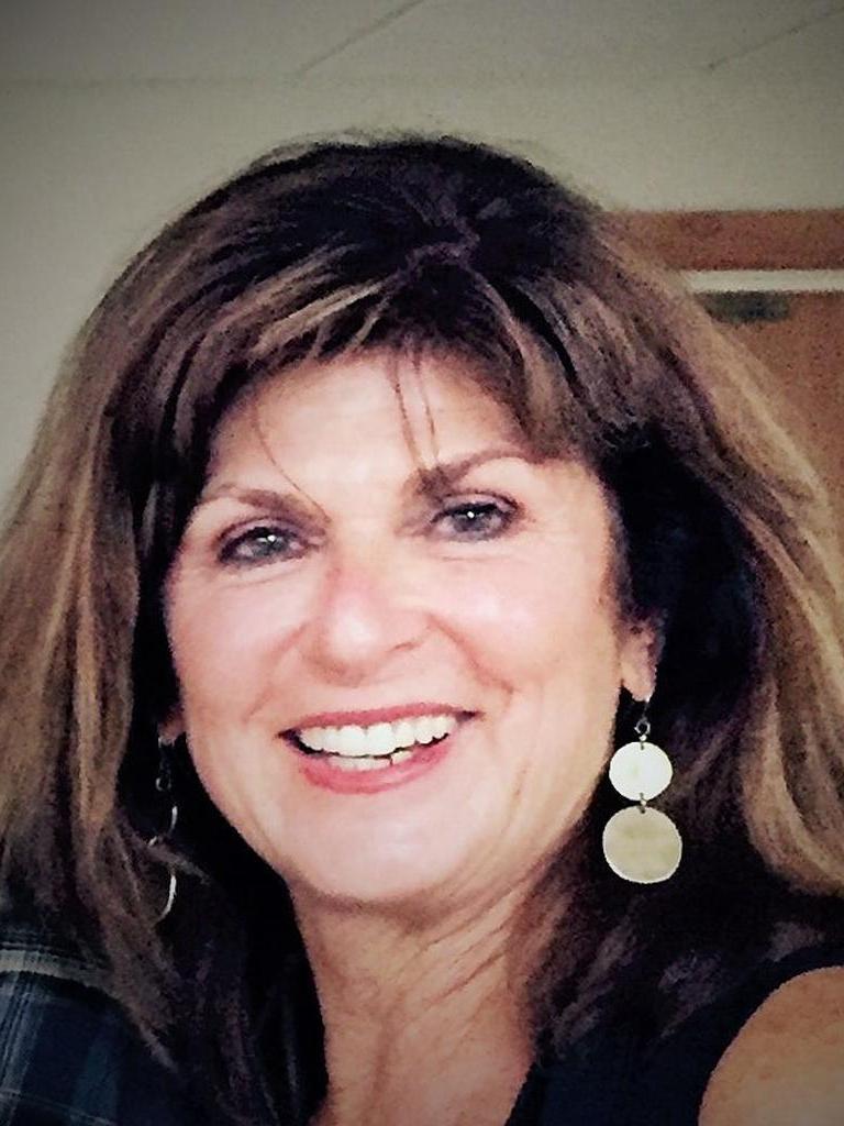 Debbie Waggoner Profile Photo