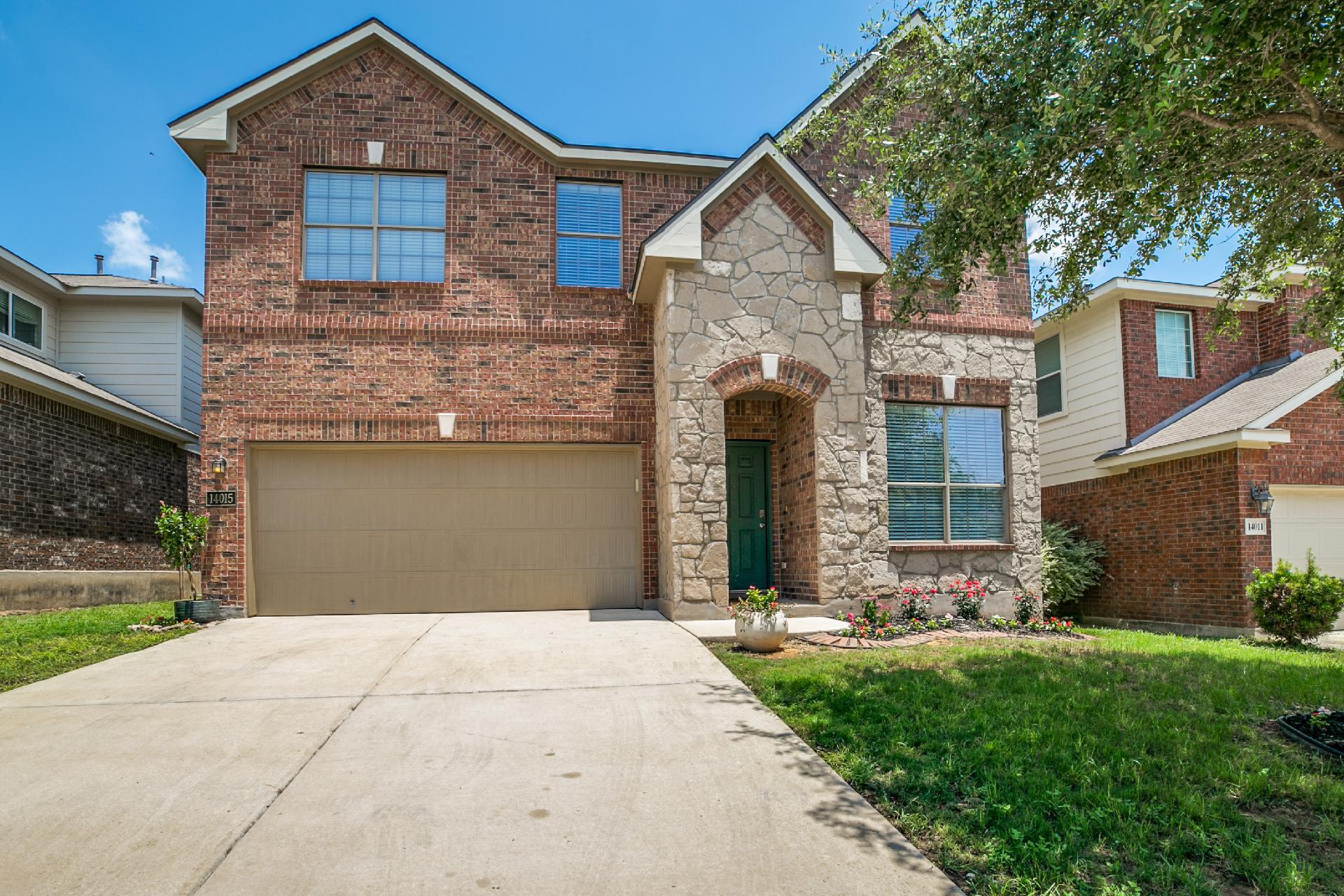 14015 Caprese Hill Property Photo 1