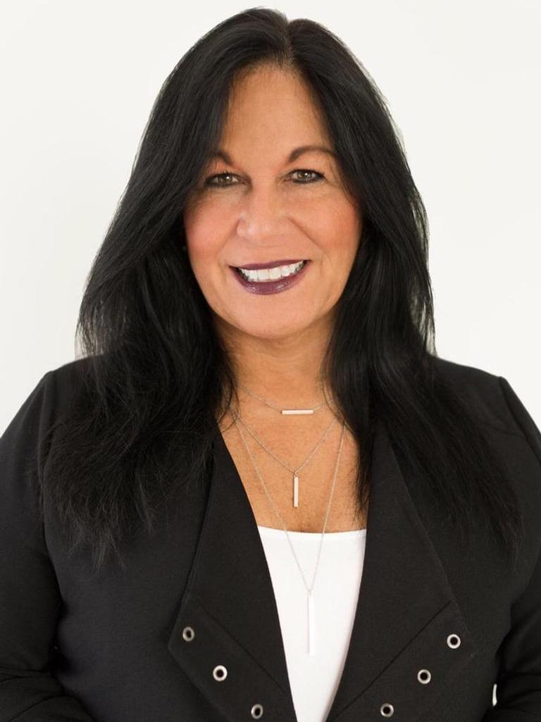 Anna Catanzaro Profile Image