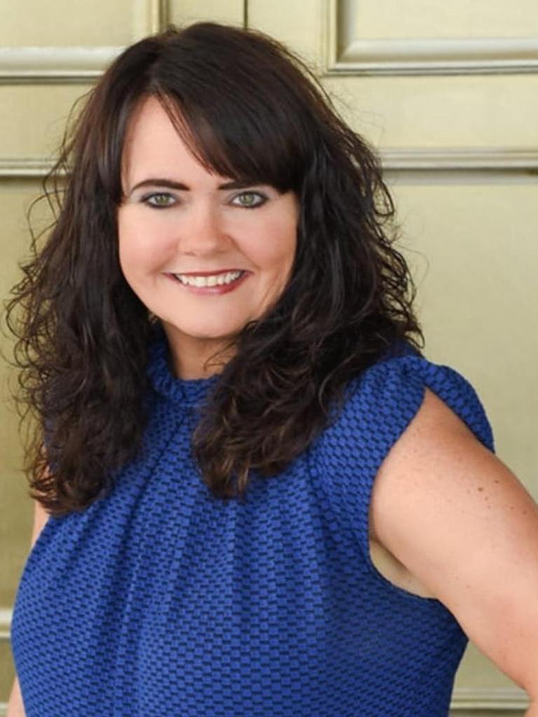 Stephanie Noland