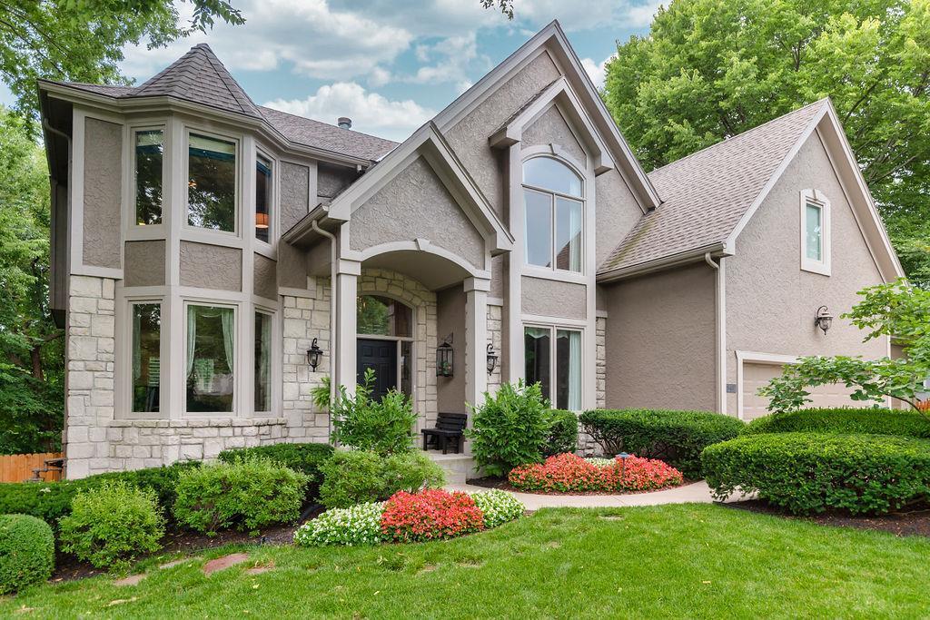 8407 Widmer Rd Property Photo