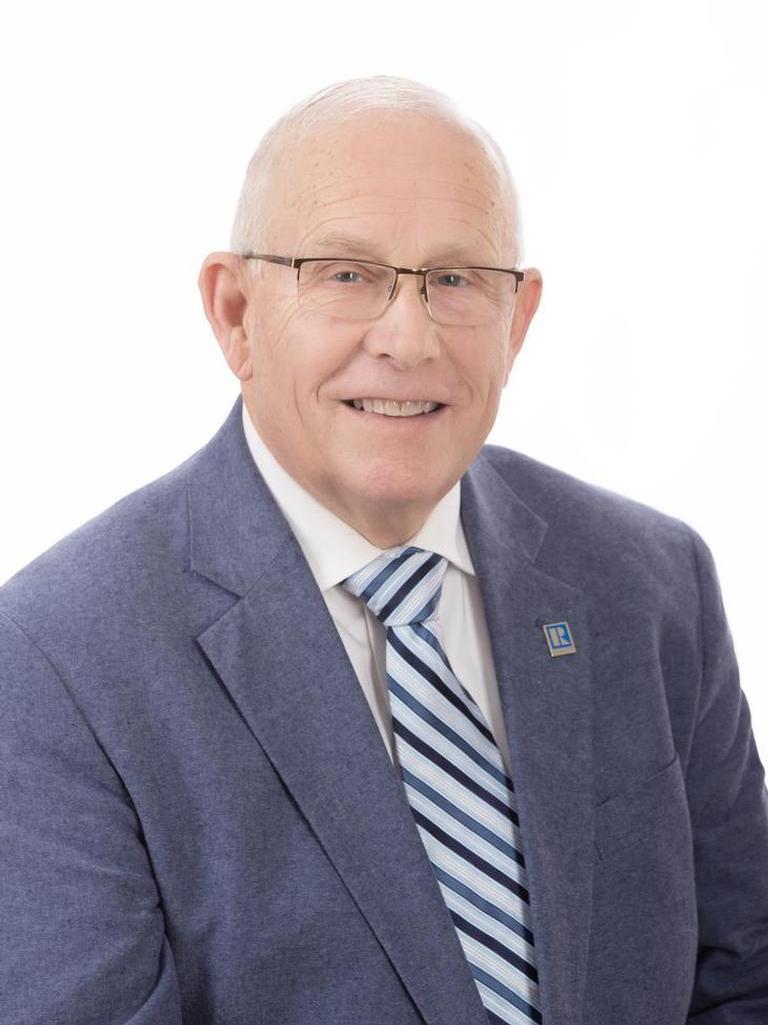Charles D Olson Profile Photo