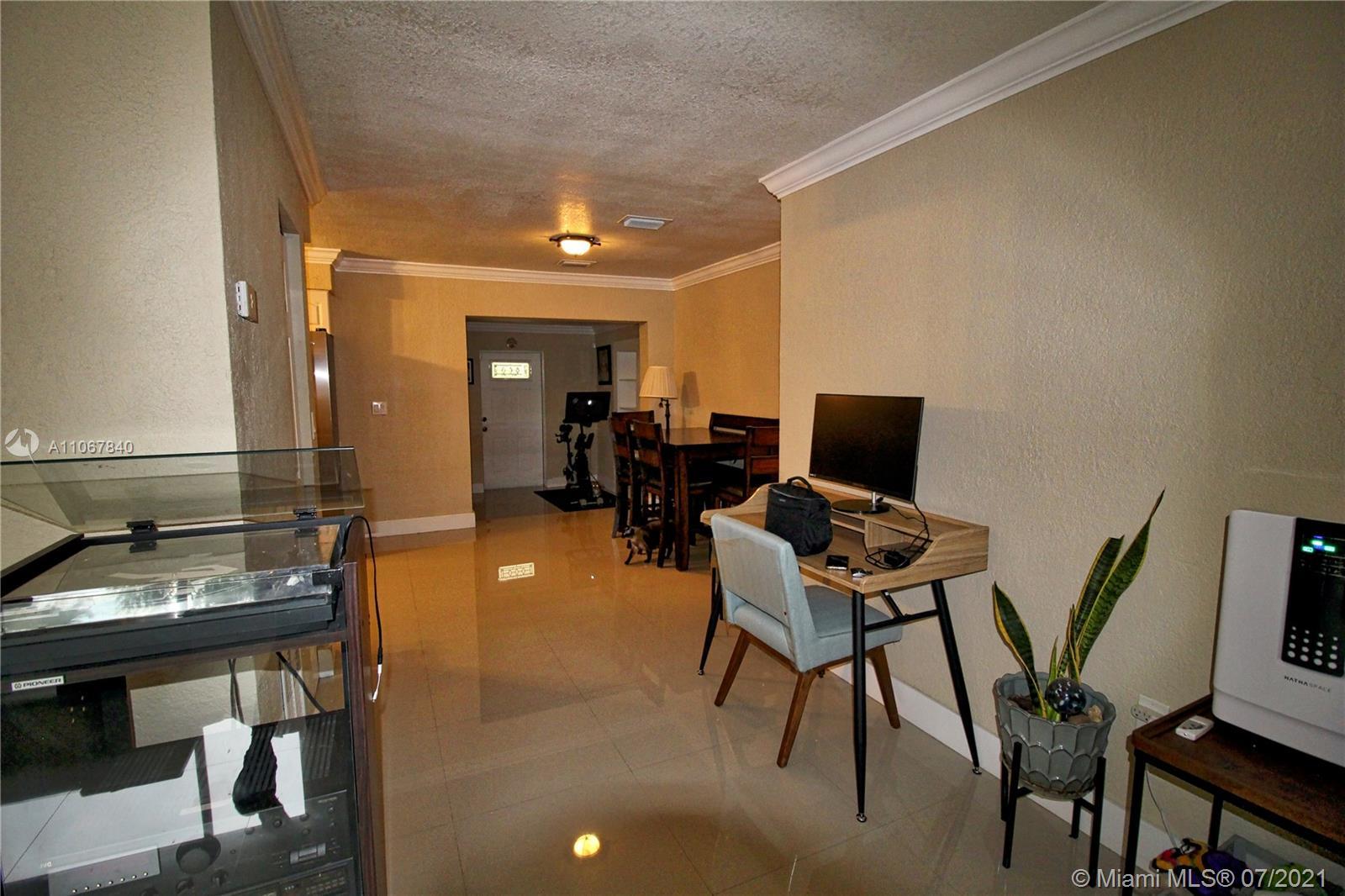 2131 Sw 17th St Property Photo 17