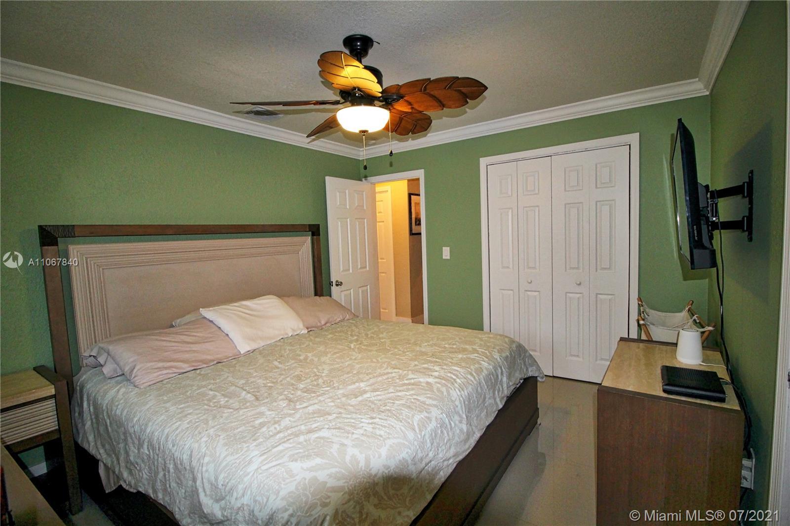 2131 Sw 17th St Property Photo 23