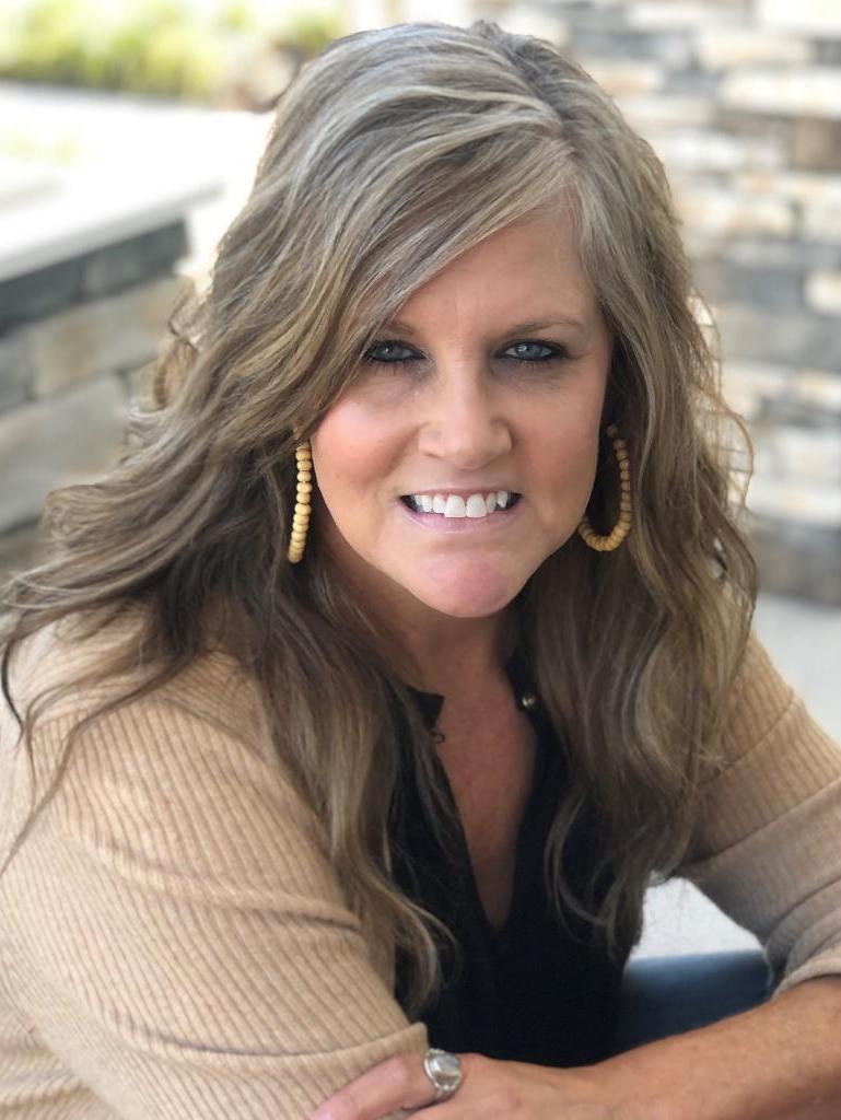 Sandy Peebles Profile Photo