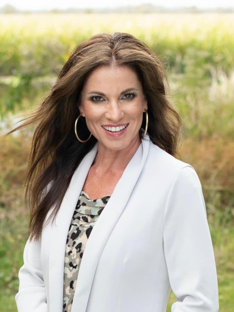 Suzanne Cole Profile Photo