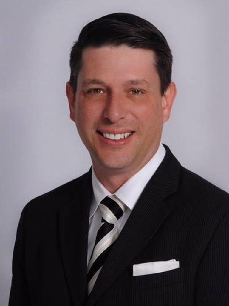 Earl Starkey Profile Photo