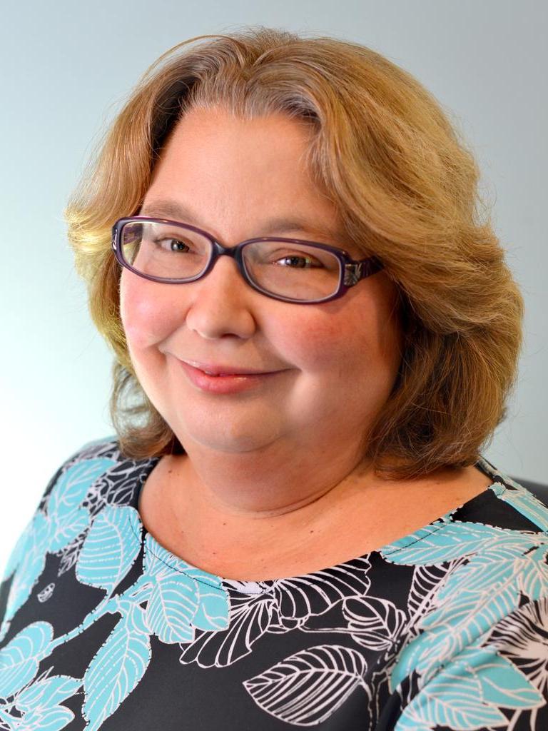 Julia Brown Profile Photo