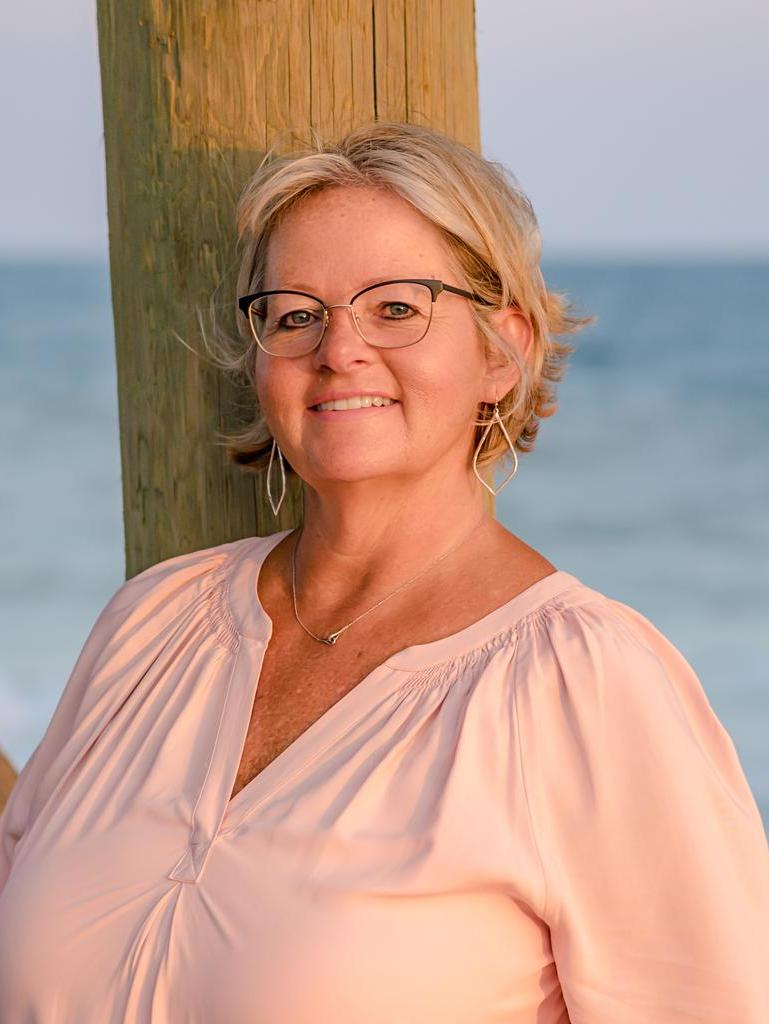 Denise Young Profile Photo