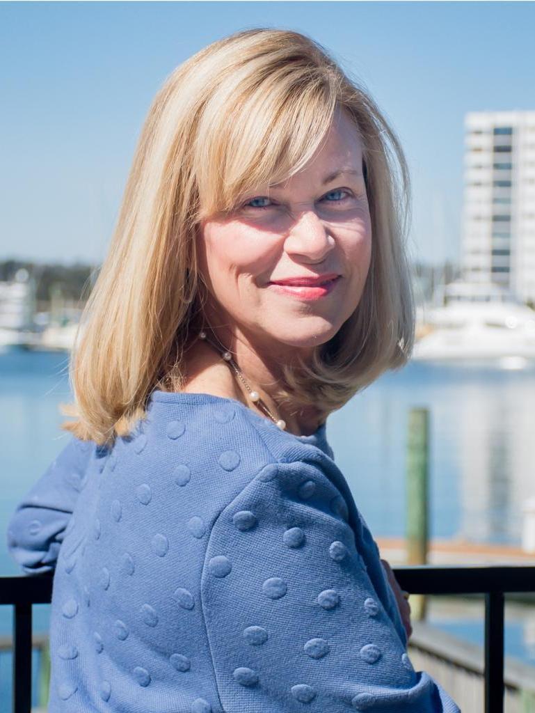 Catherine Lea Profile Photo