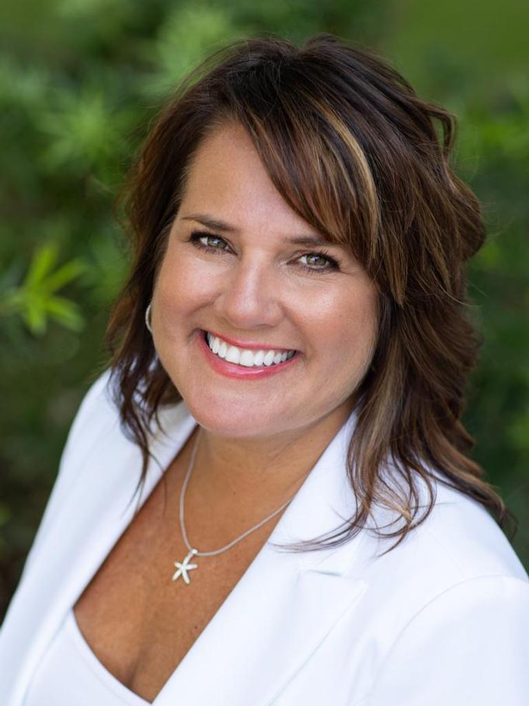 Bonnie Chambers Profile Photo