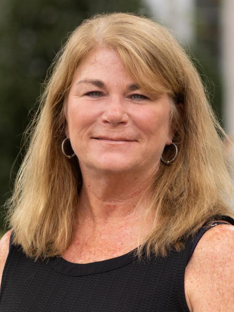 Della Carson Profile Photo
