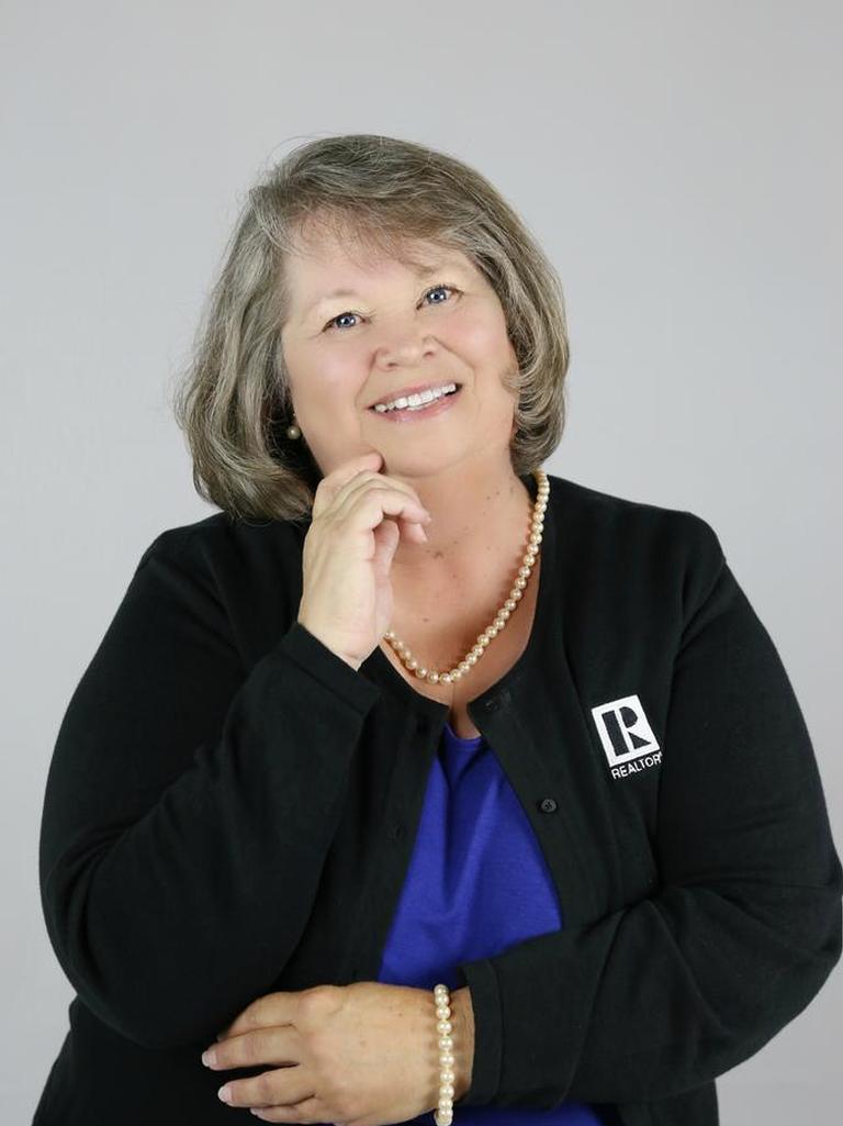 Bonnie Baker Profile Photo