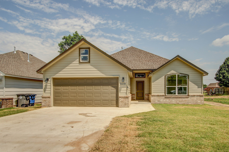 2119 E 31st Place North Property Photo