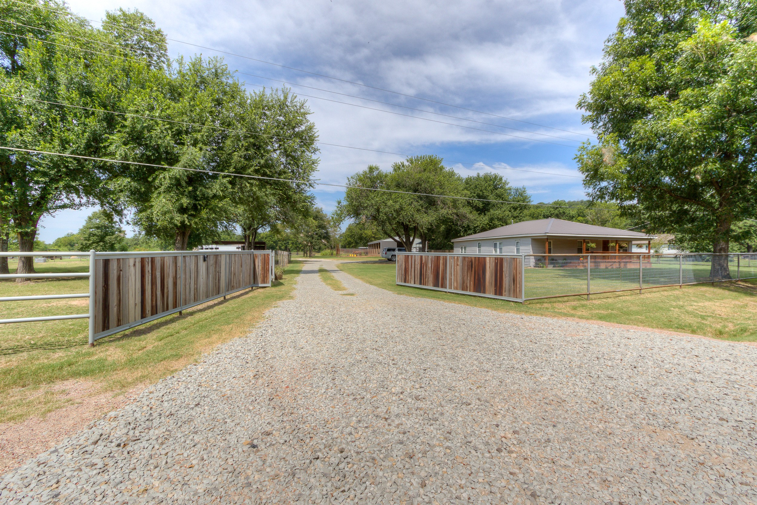 11845 Old Highway 75 Road Property Photo