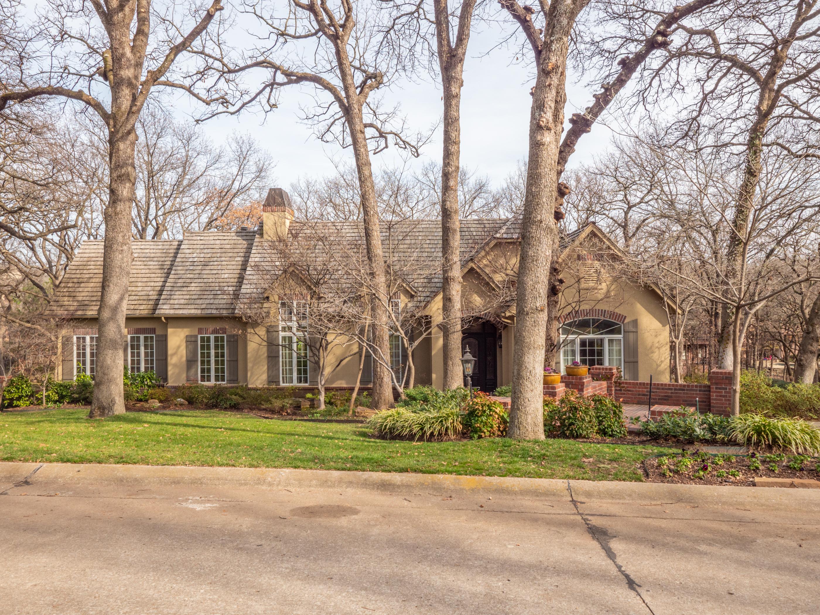 11715 S Canton Avenue Property Photo
