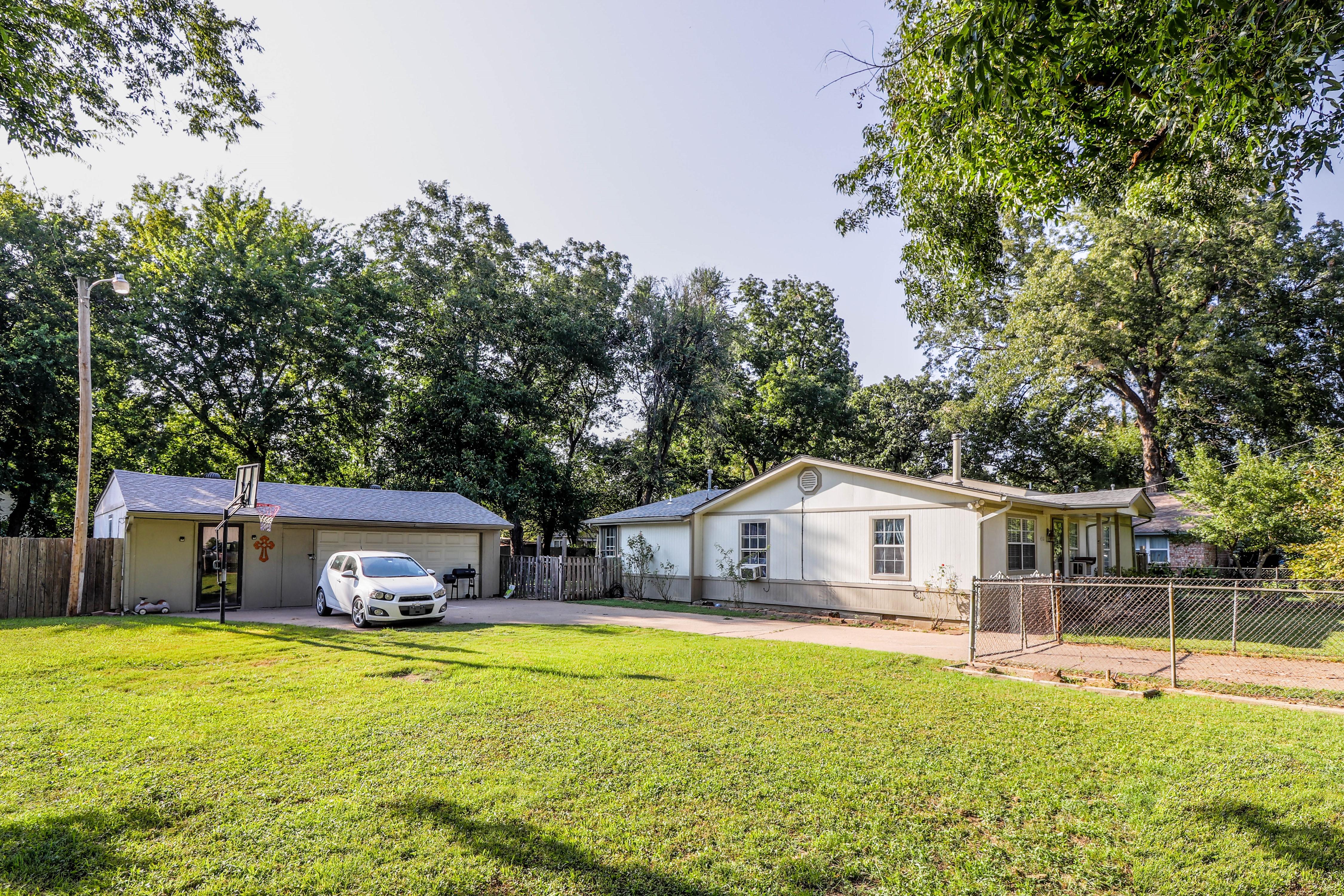 4312 S Waco Avenue Property Photo