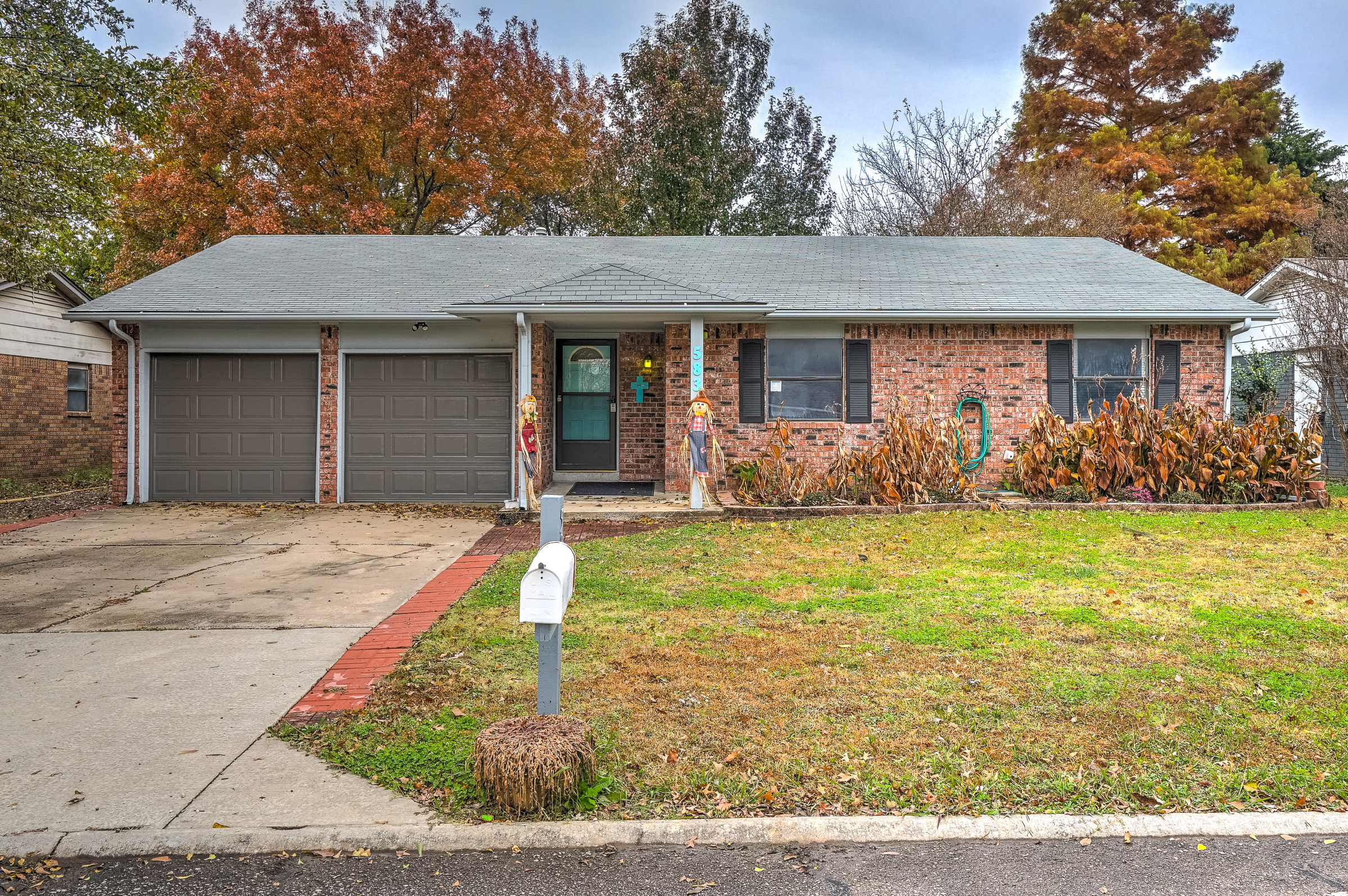 583 E 135th Place Property Photo