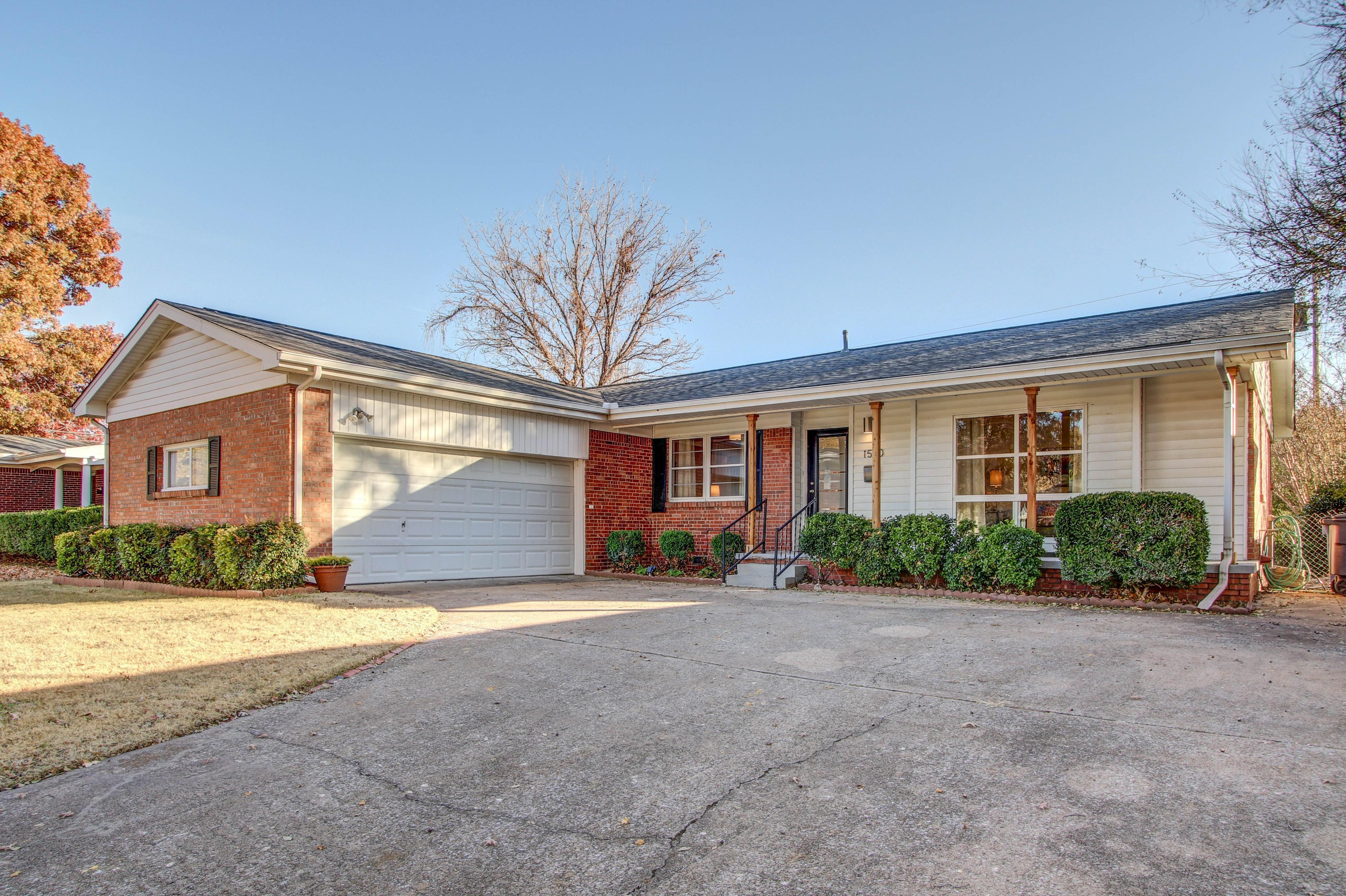 1540 E 55th Place Property Photo