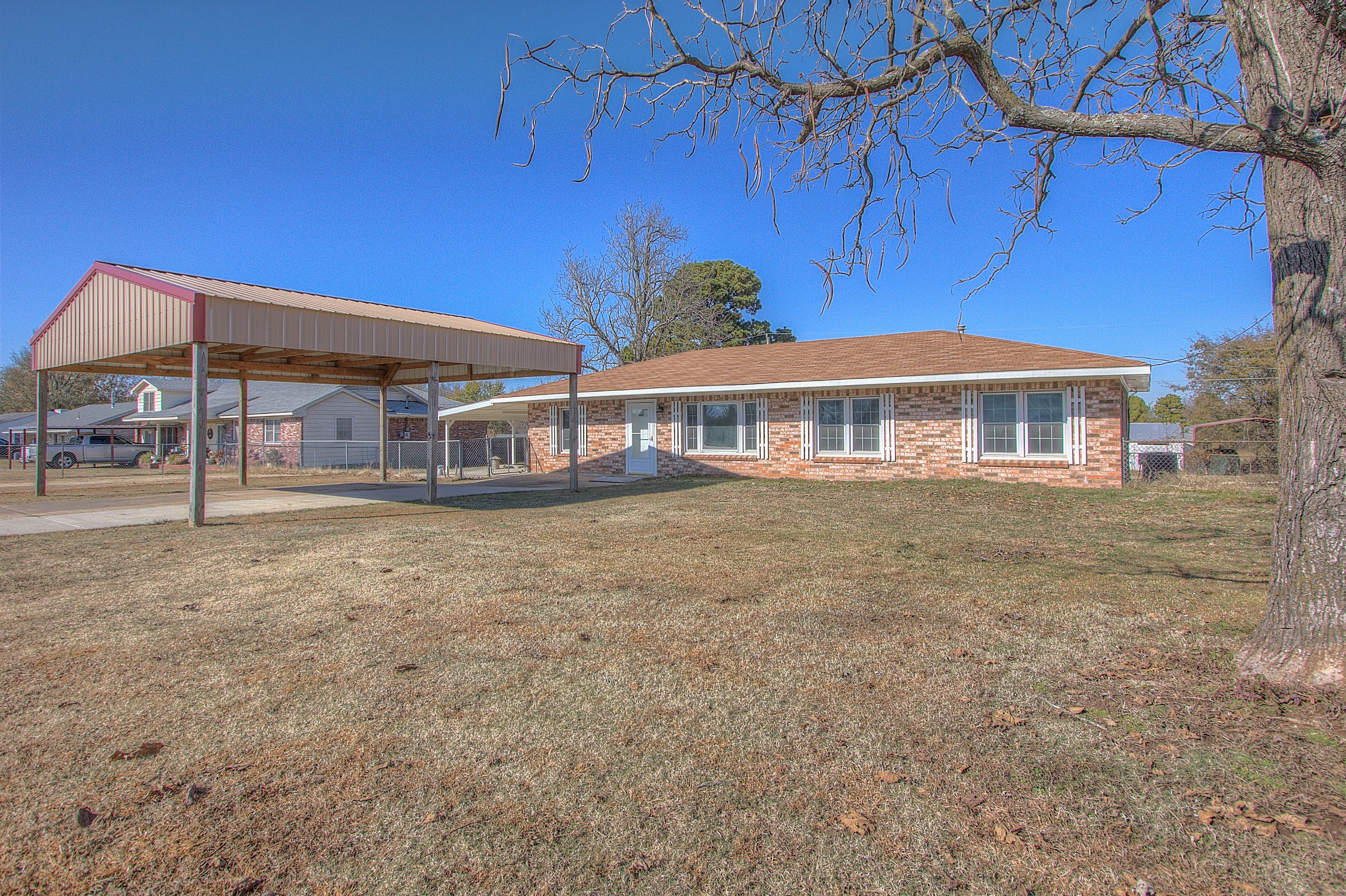 530 E Davis Field Road Property Photo