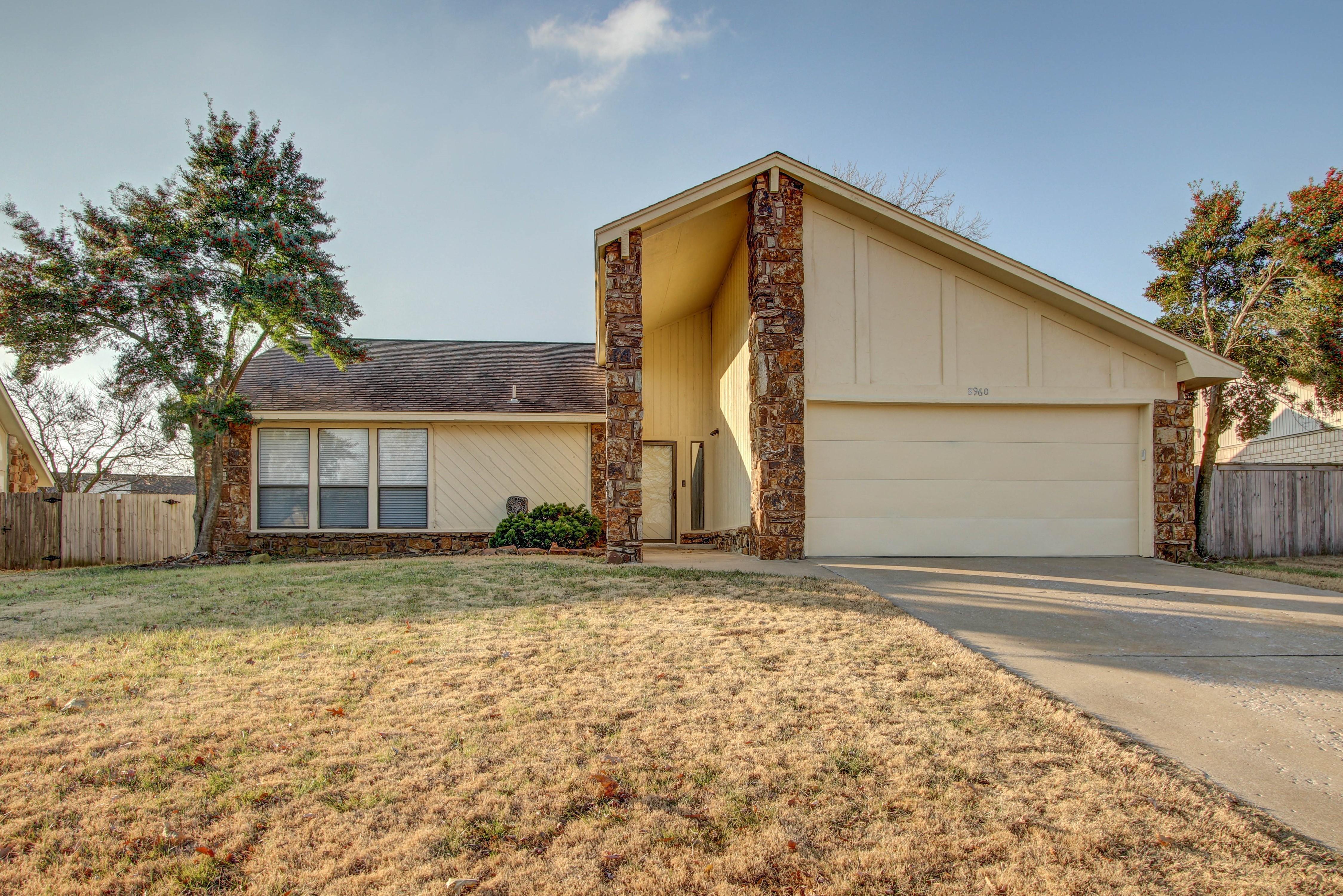 8960 E 59th Place Property Photo