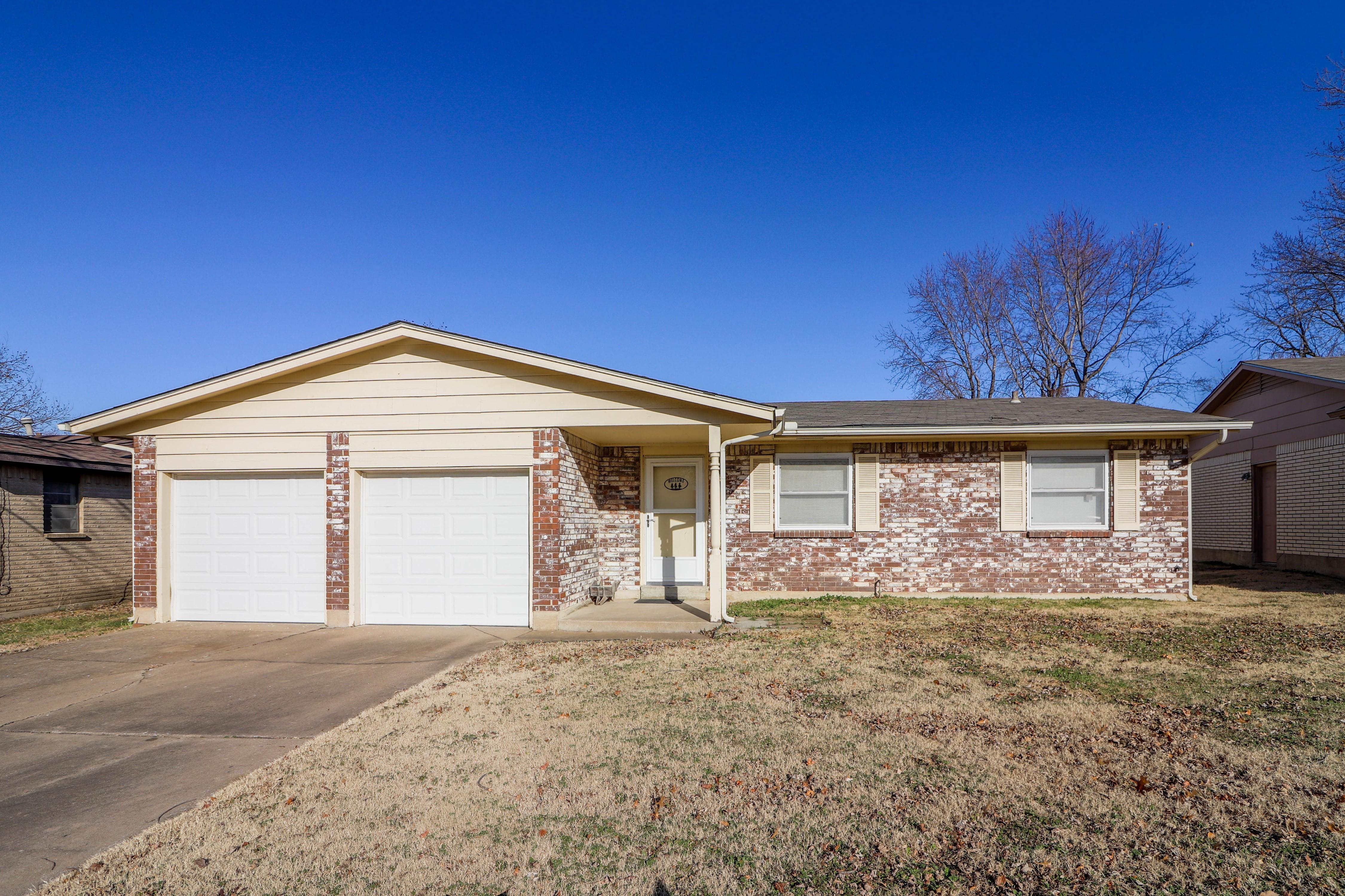 12565 E 18th Street Property Photo