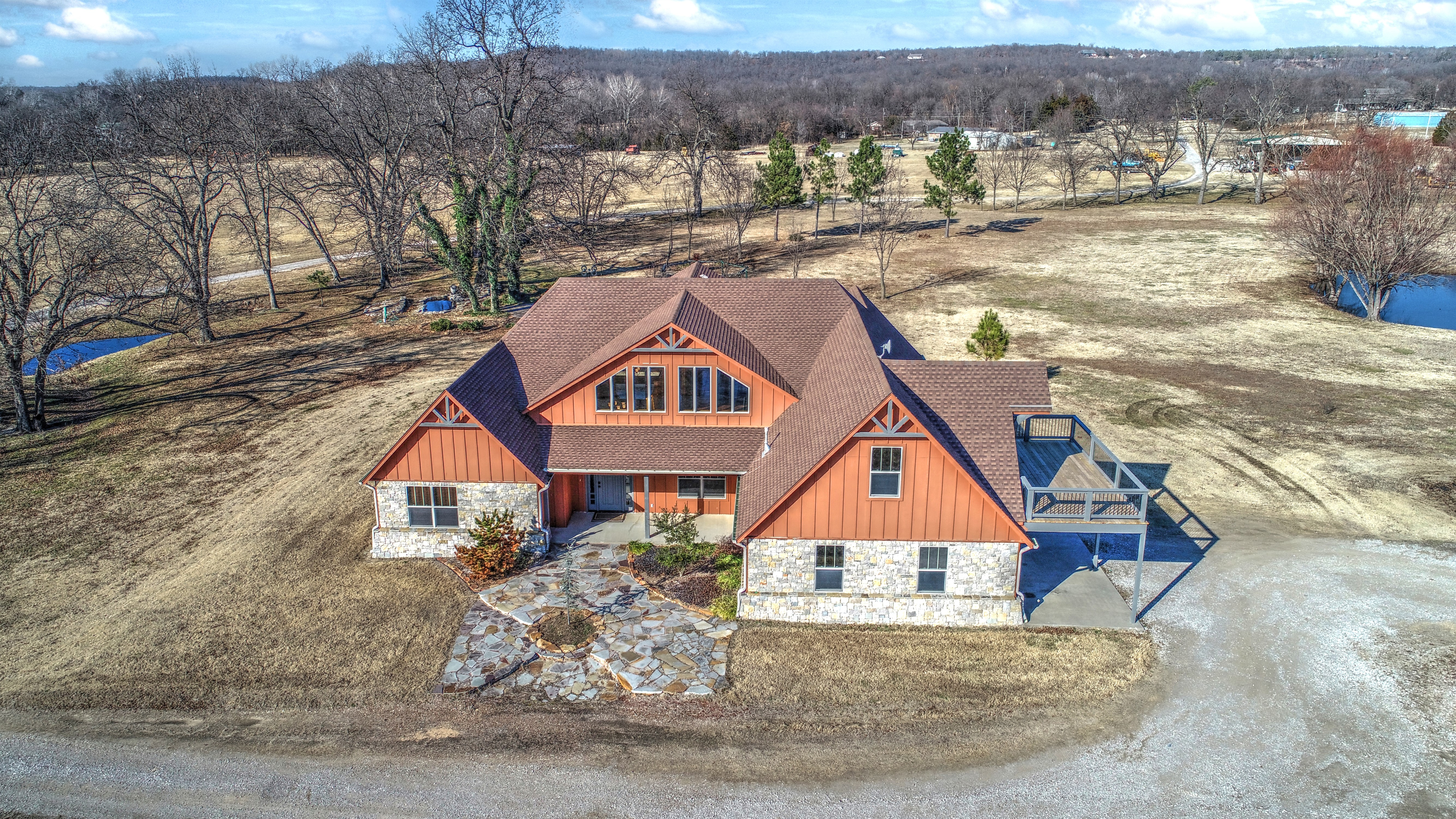 5690 W Country Road Property Photo