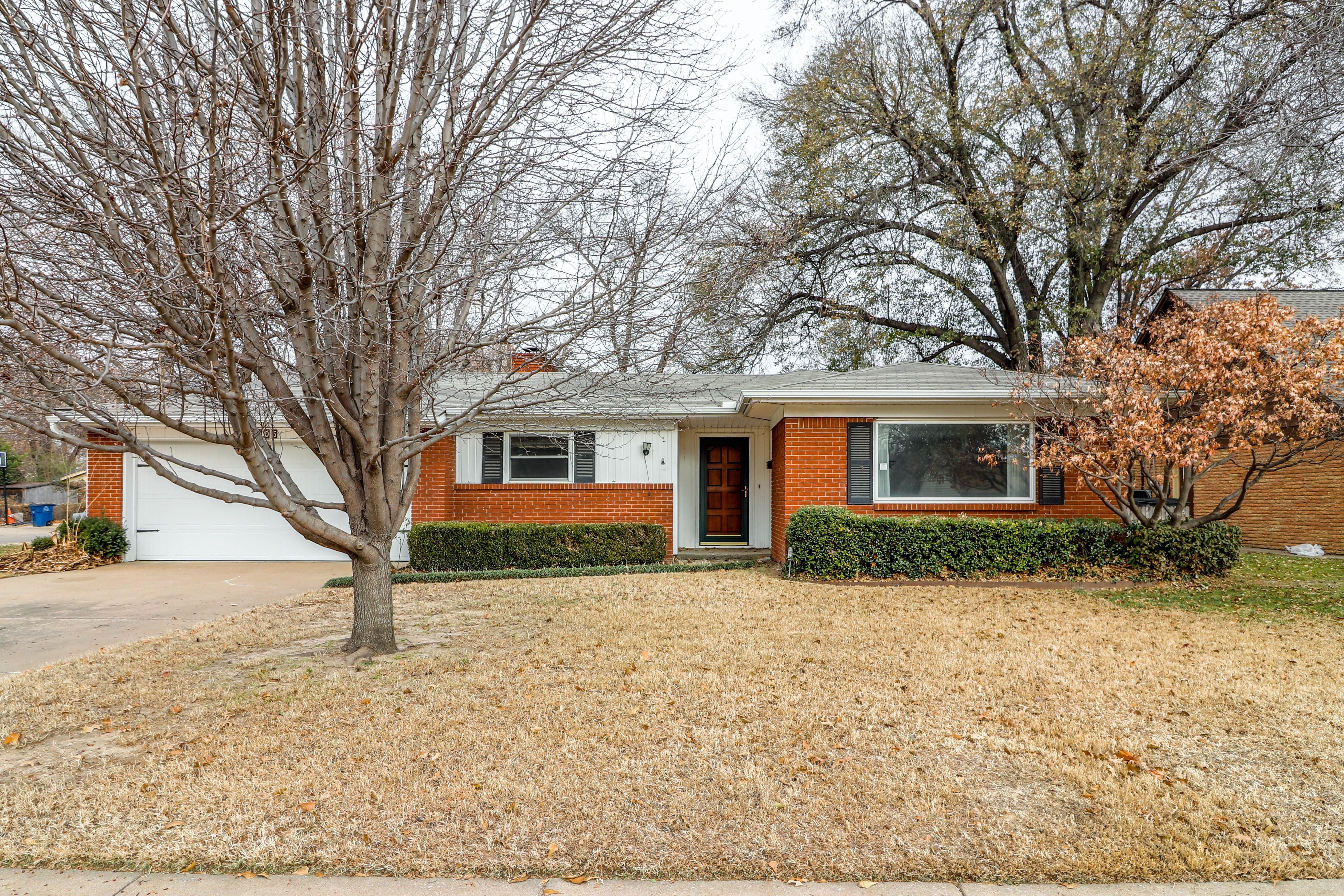 1705 E 59th Place Property Photo