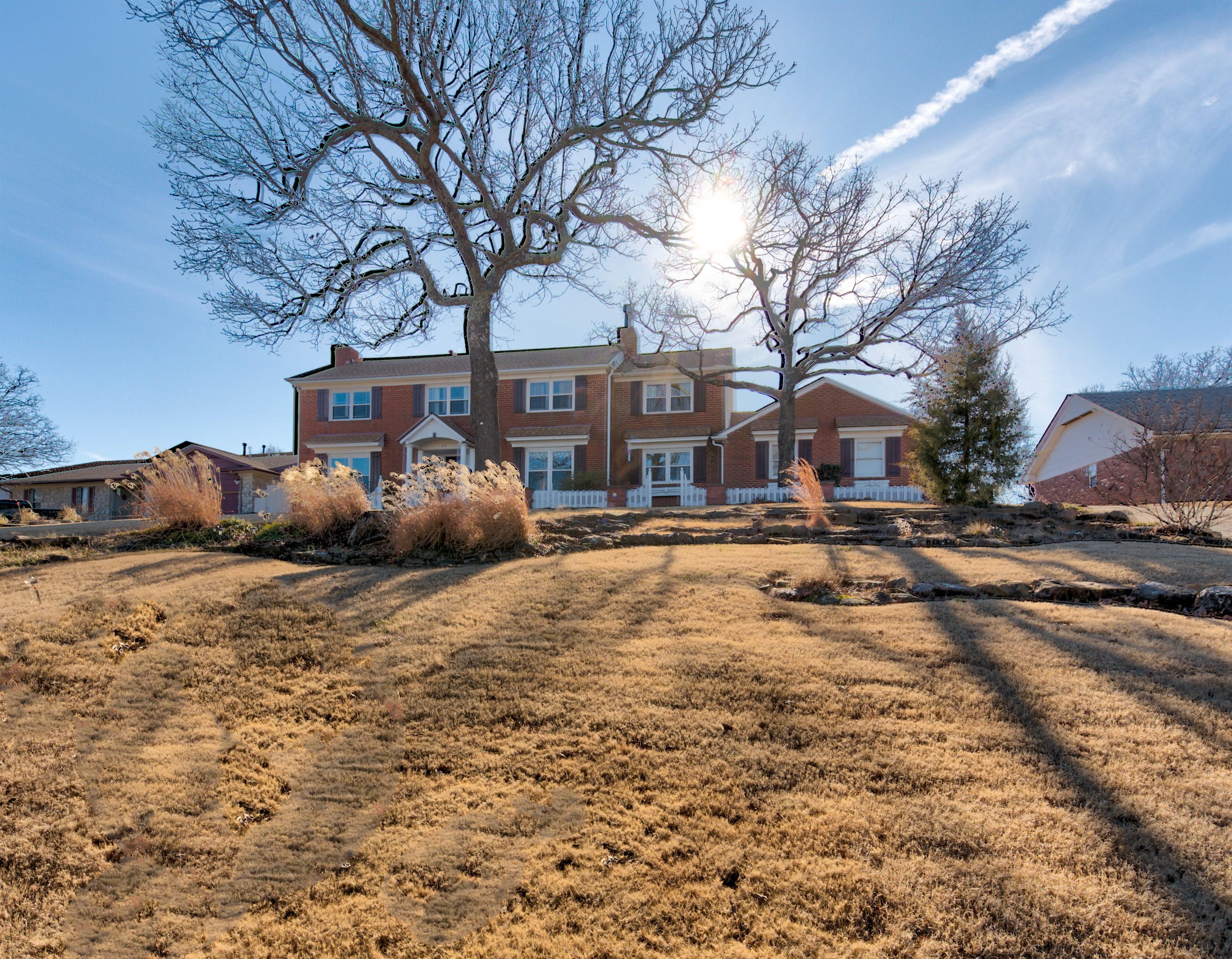 614 Oak Ridge Drive Property Photo