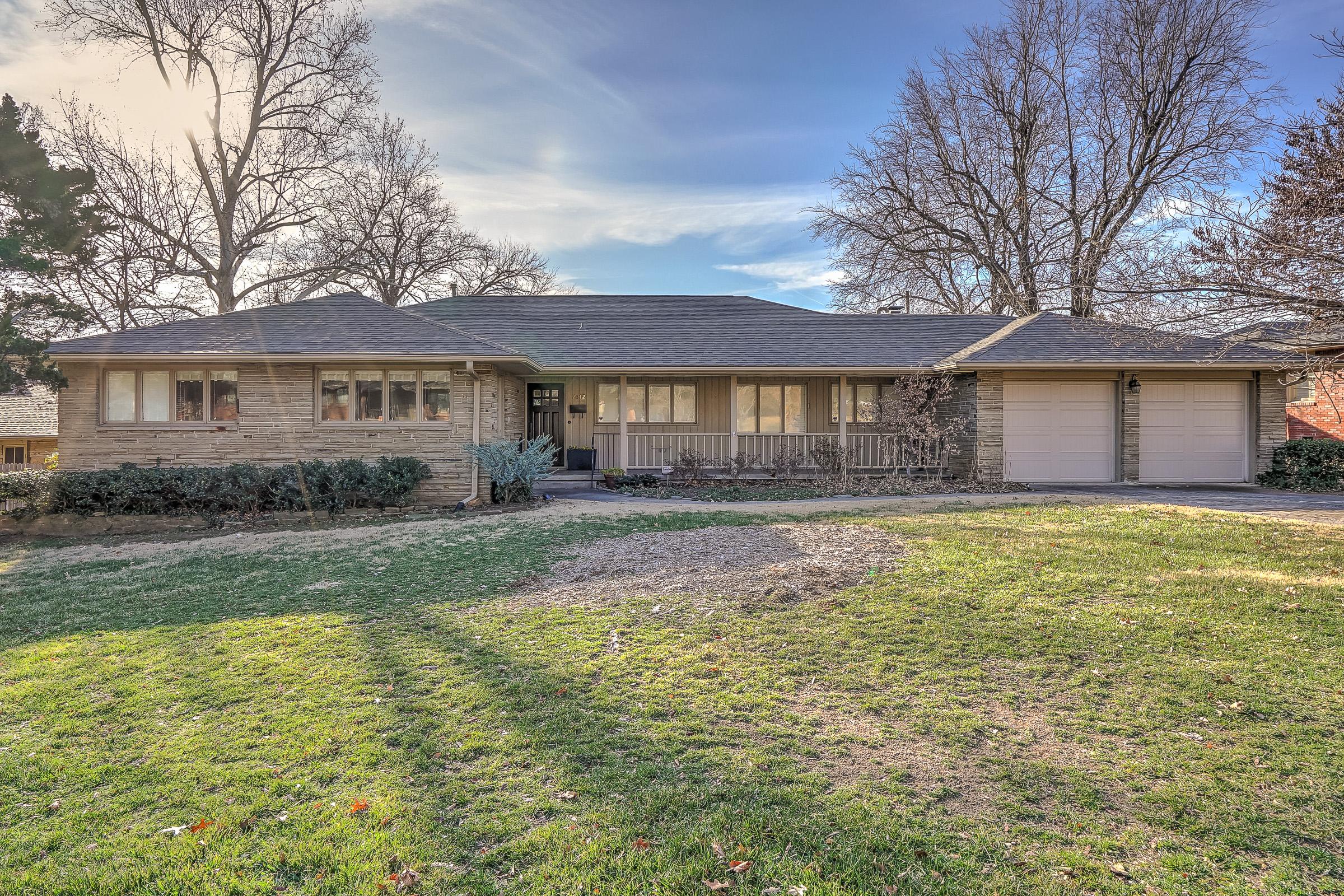 2842 E 32nd Place Property Photo