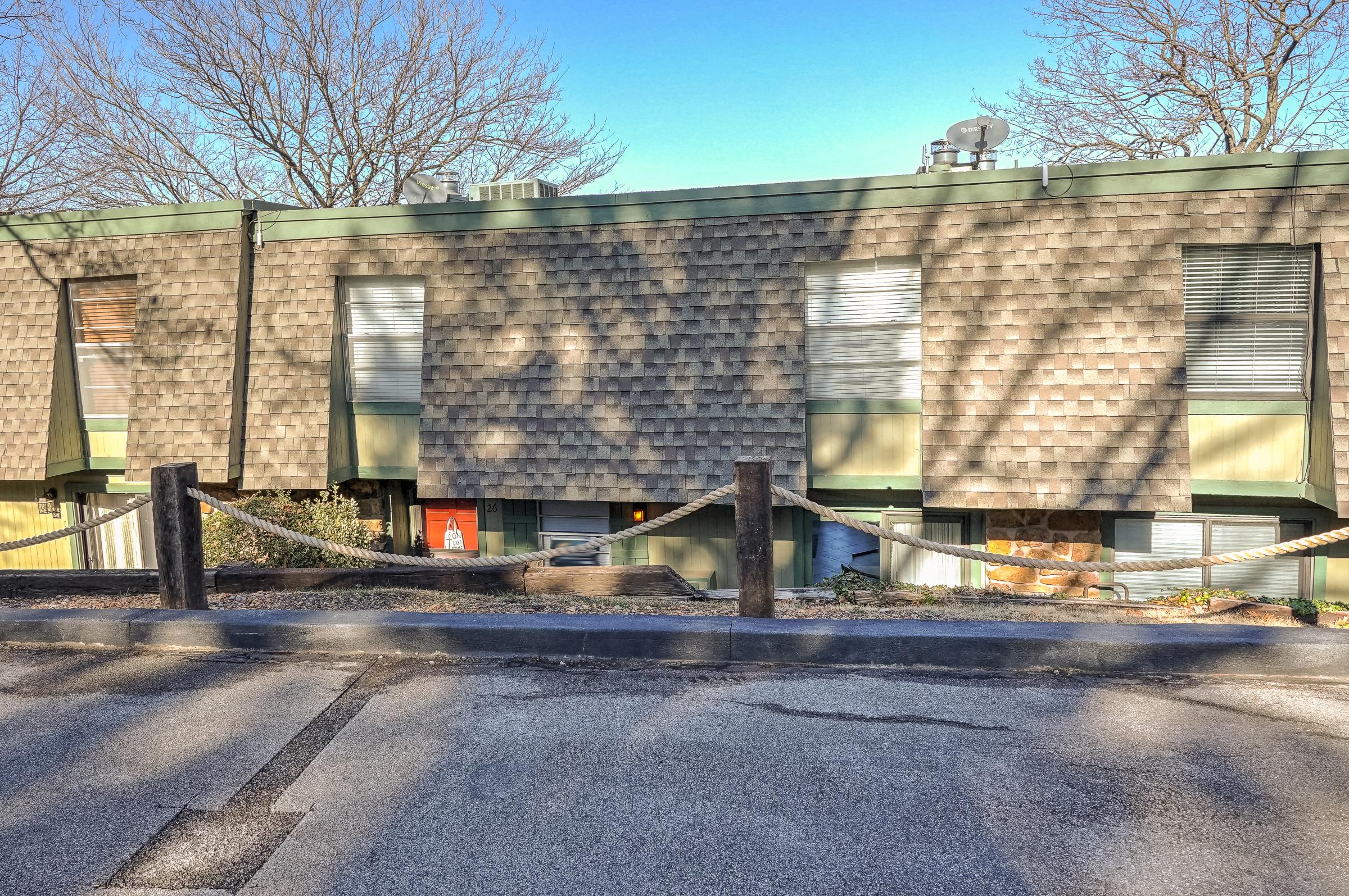 450779 E 341 Road #17 Property Photo