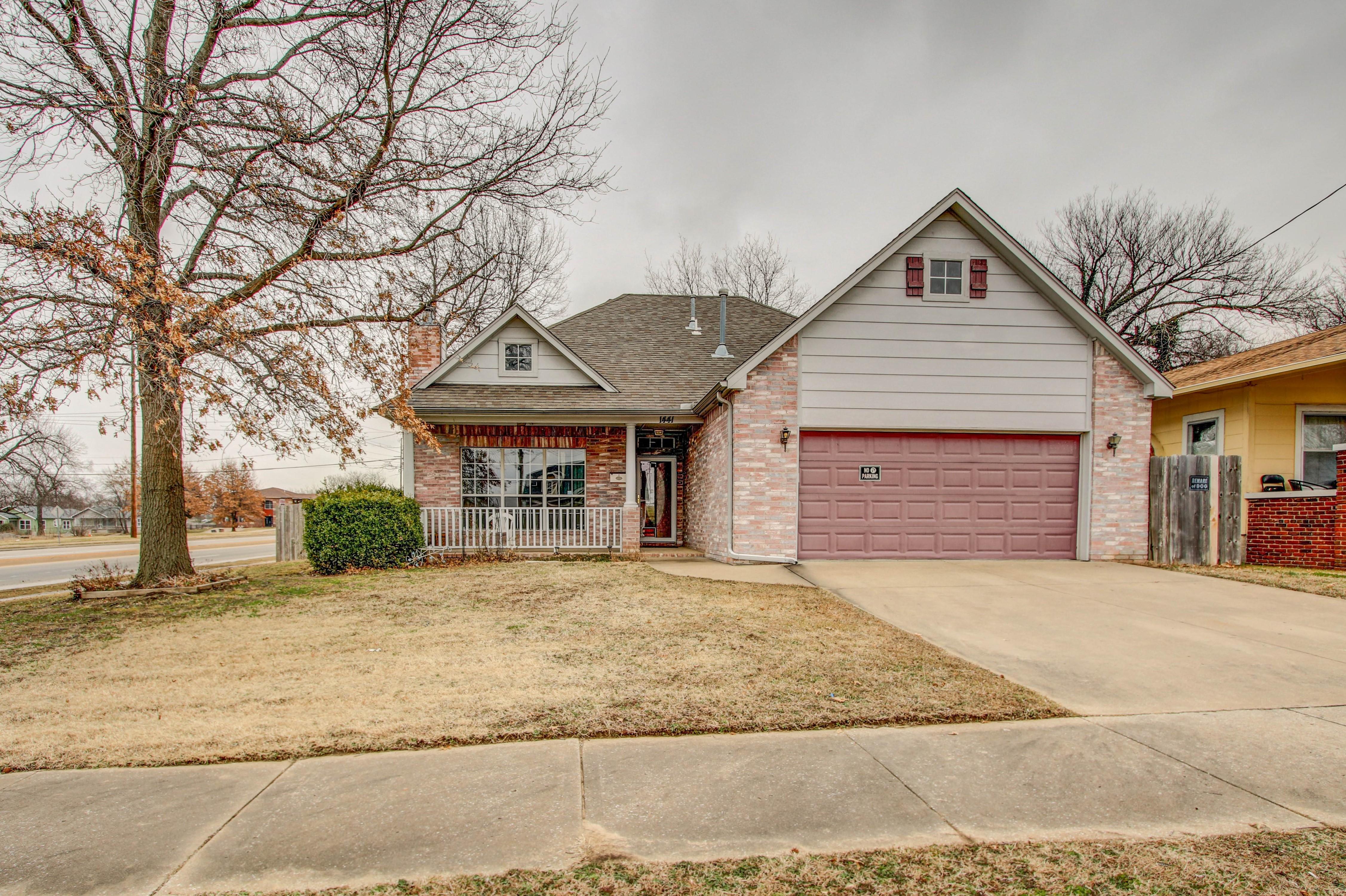1441 N Denver Avenue Property Photo