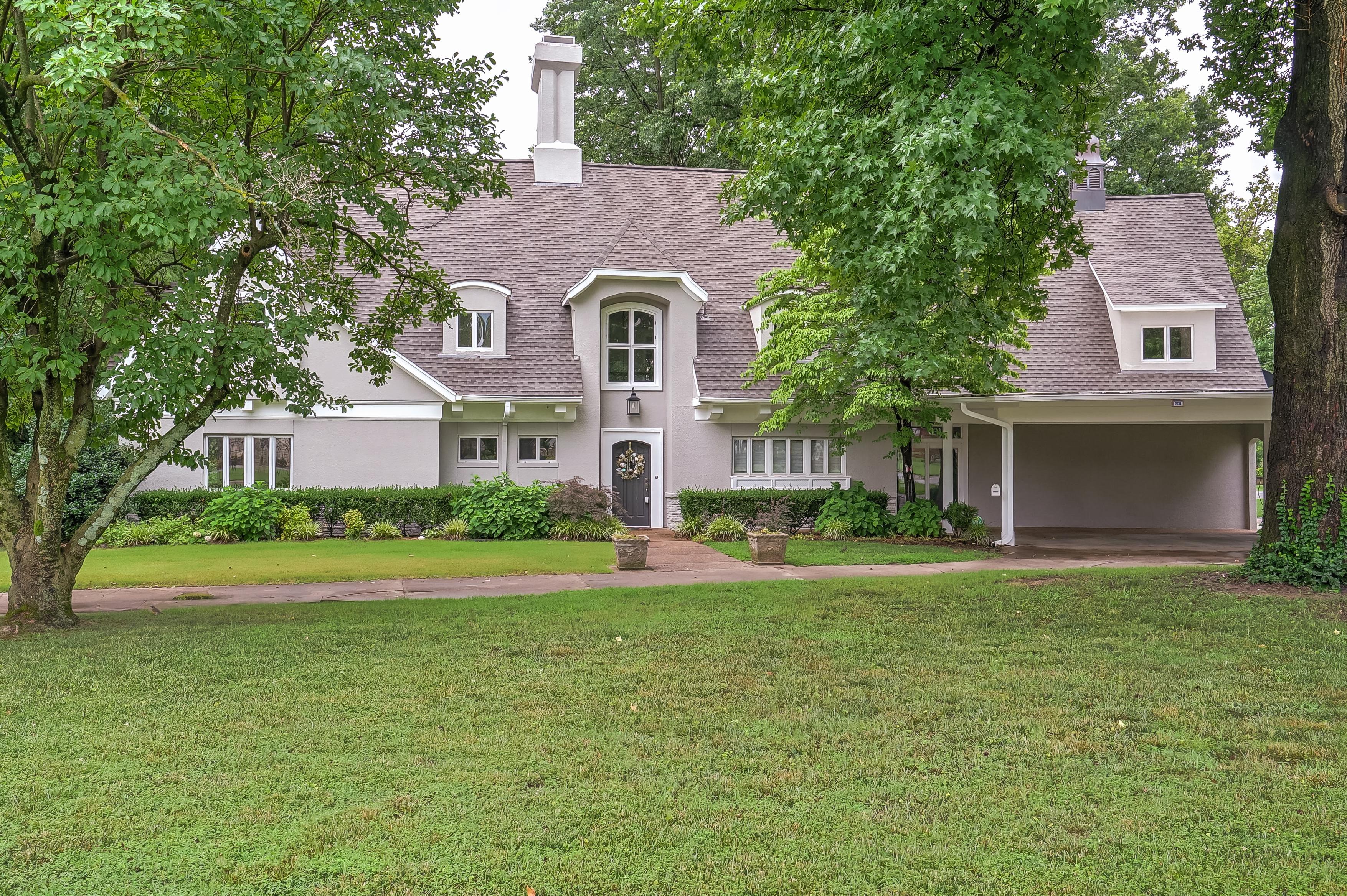 2734 E 45th Place Property Photo