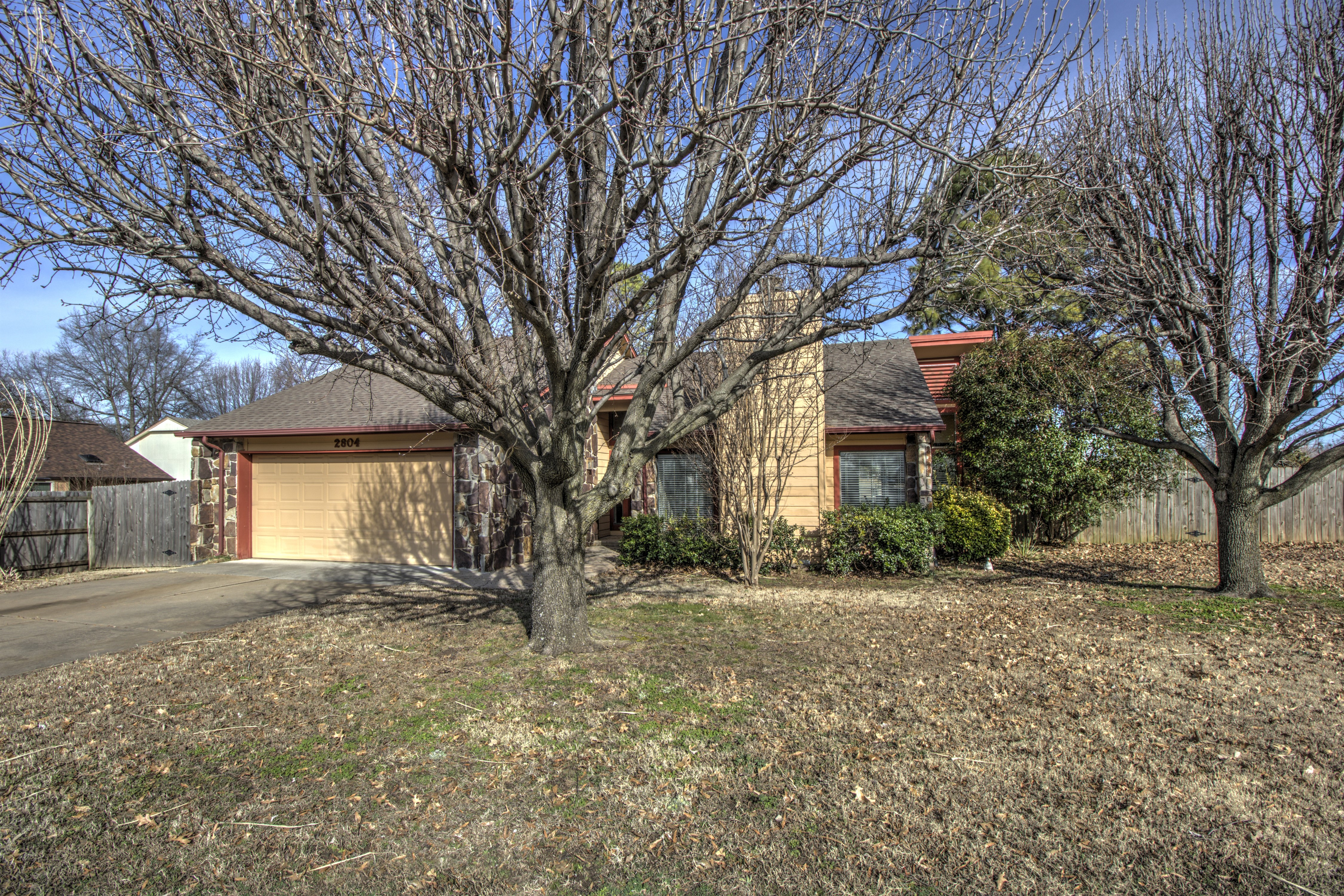 2804 W Dallas Street Property Photo