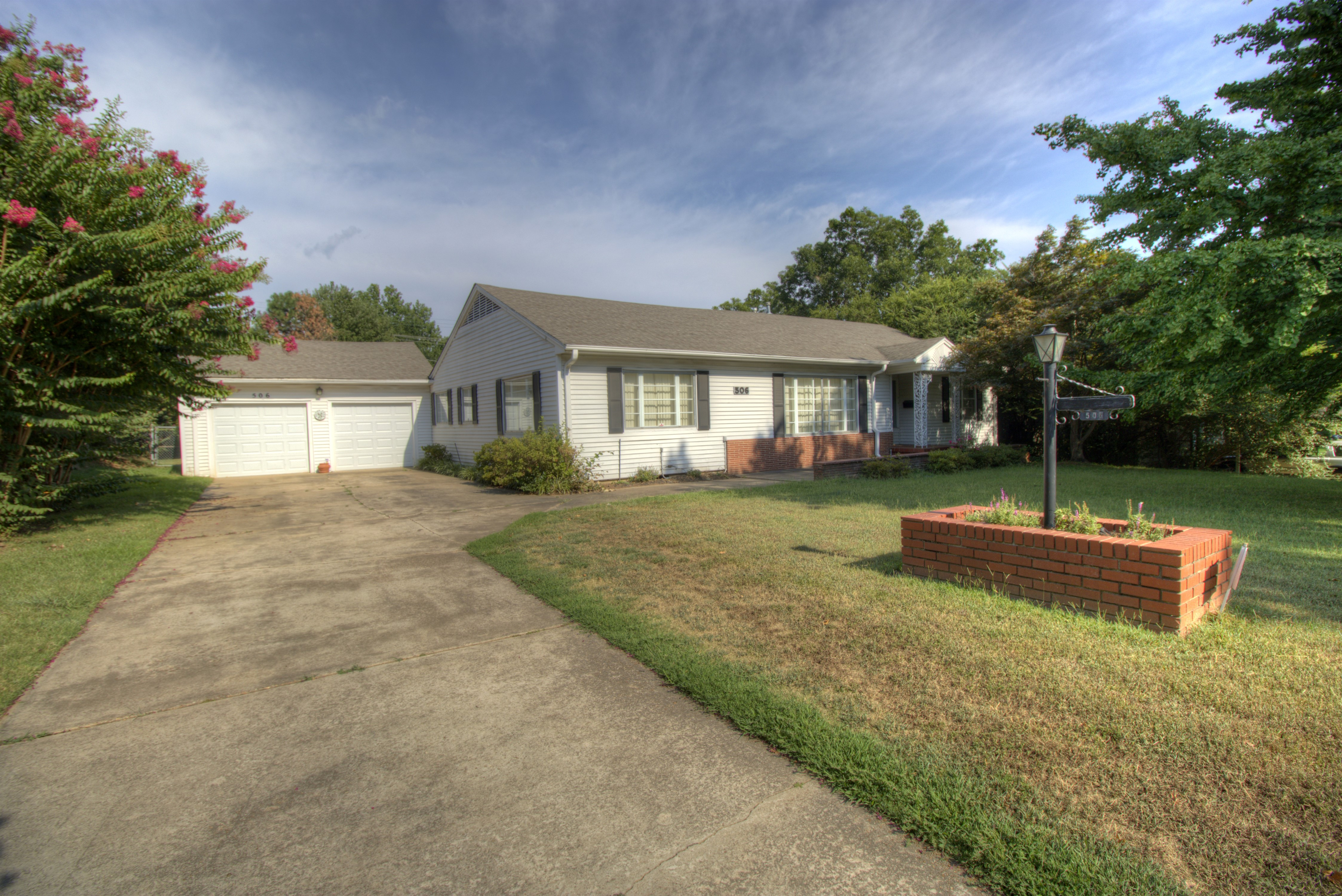 506 Honor Heights Drive Property Photo 1