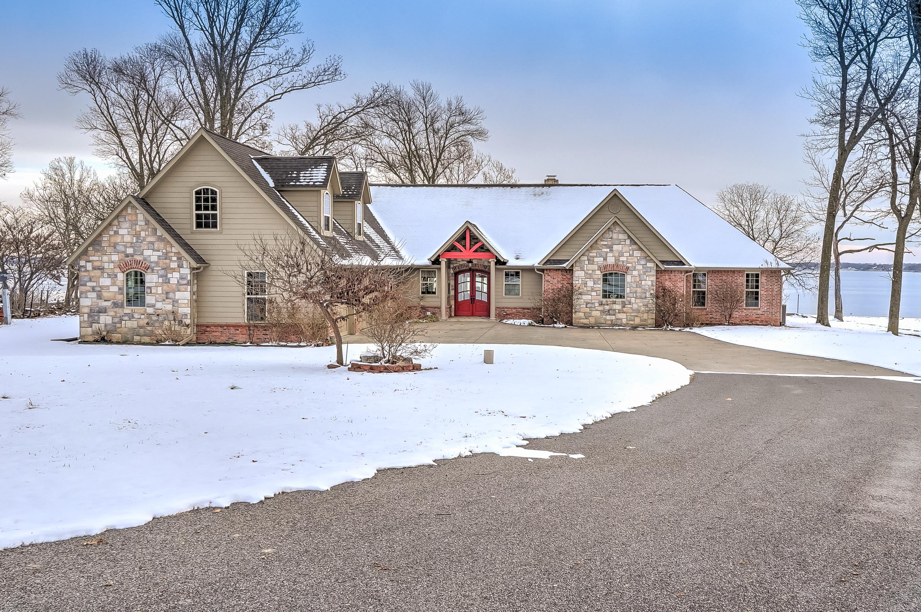56501 S 285 Road Property Photo