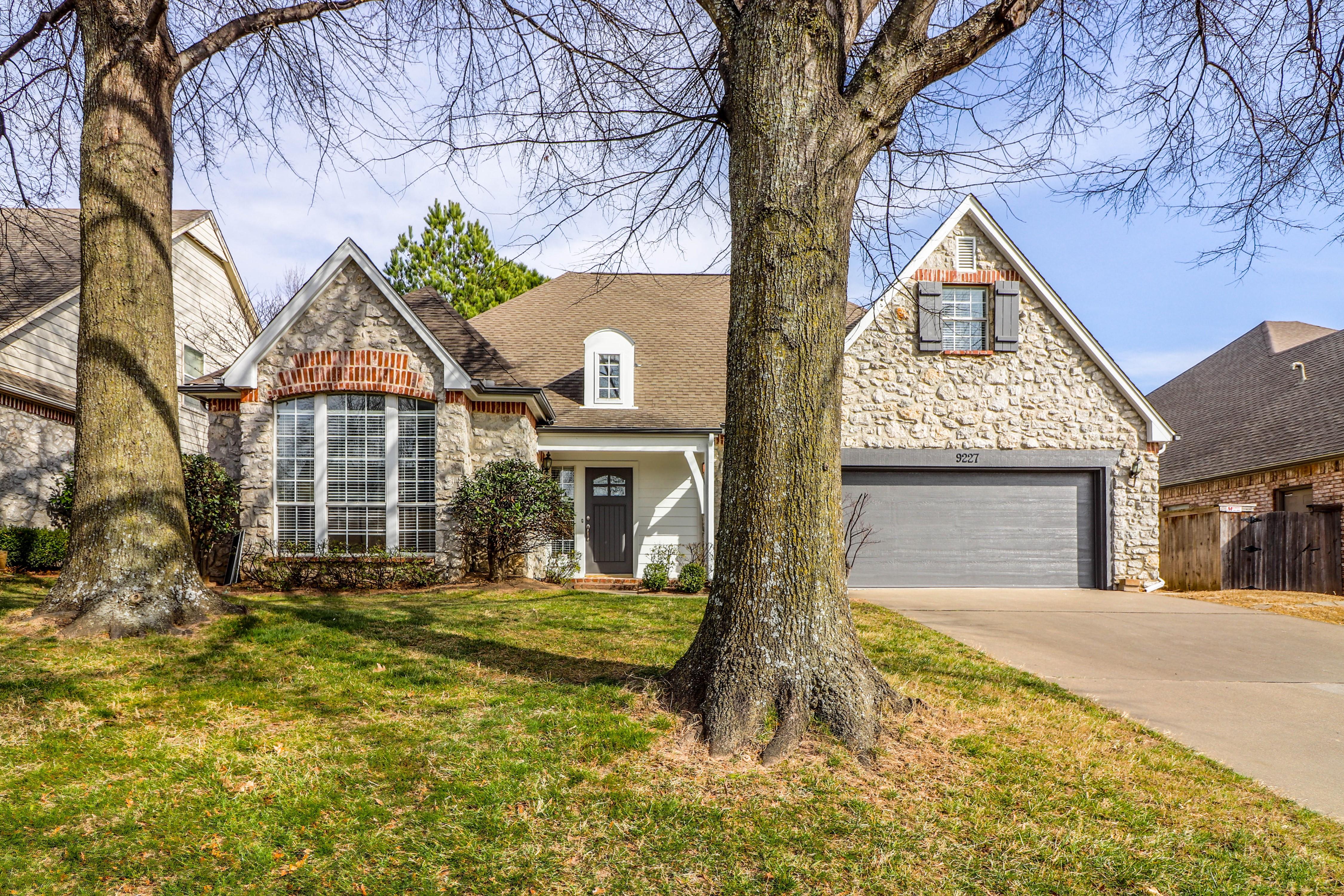 9227 S Braden Place Property Photo