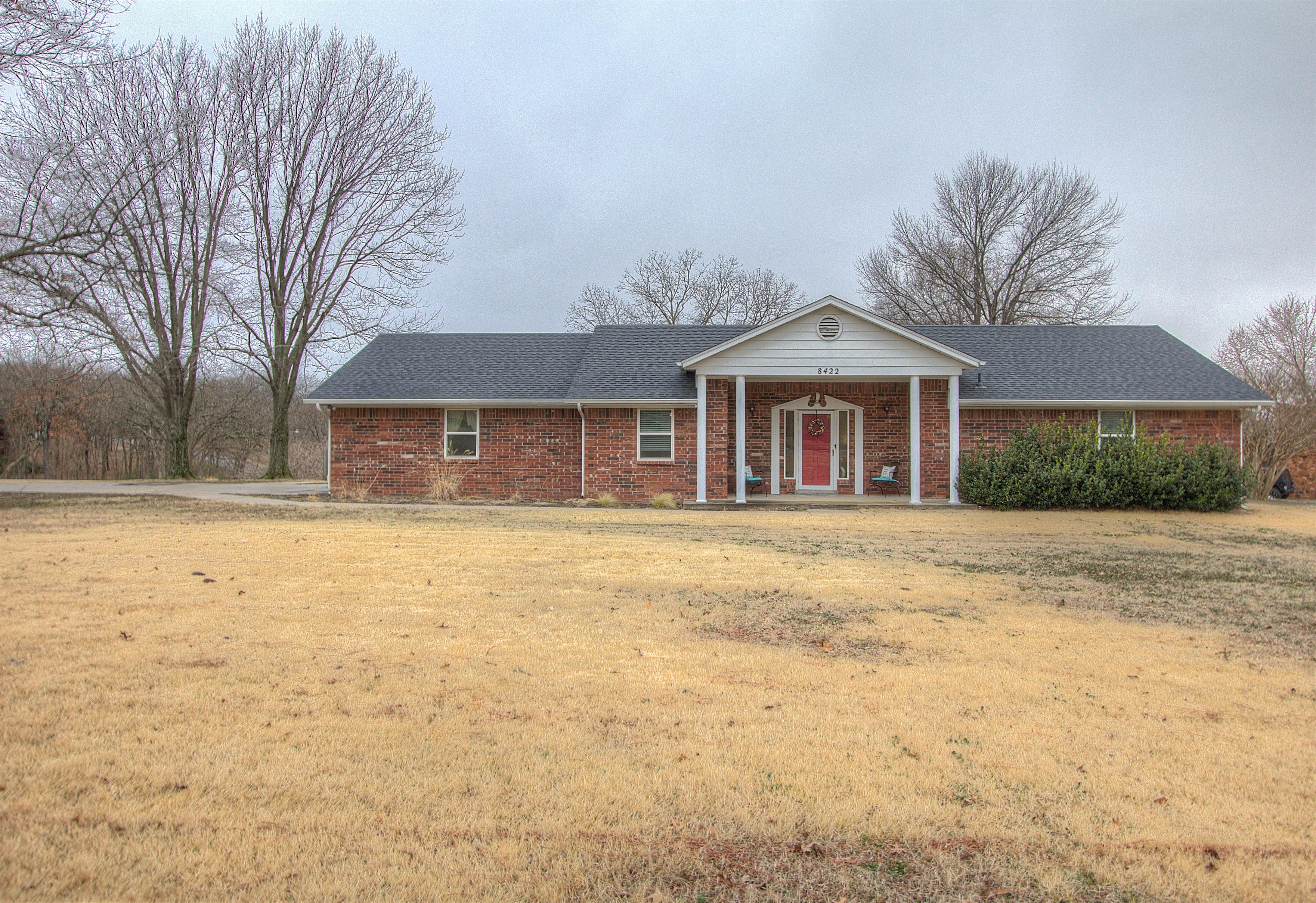 8422 Gary Drive Property Photo