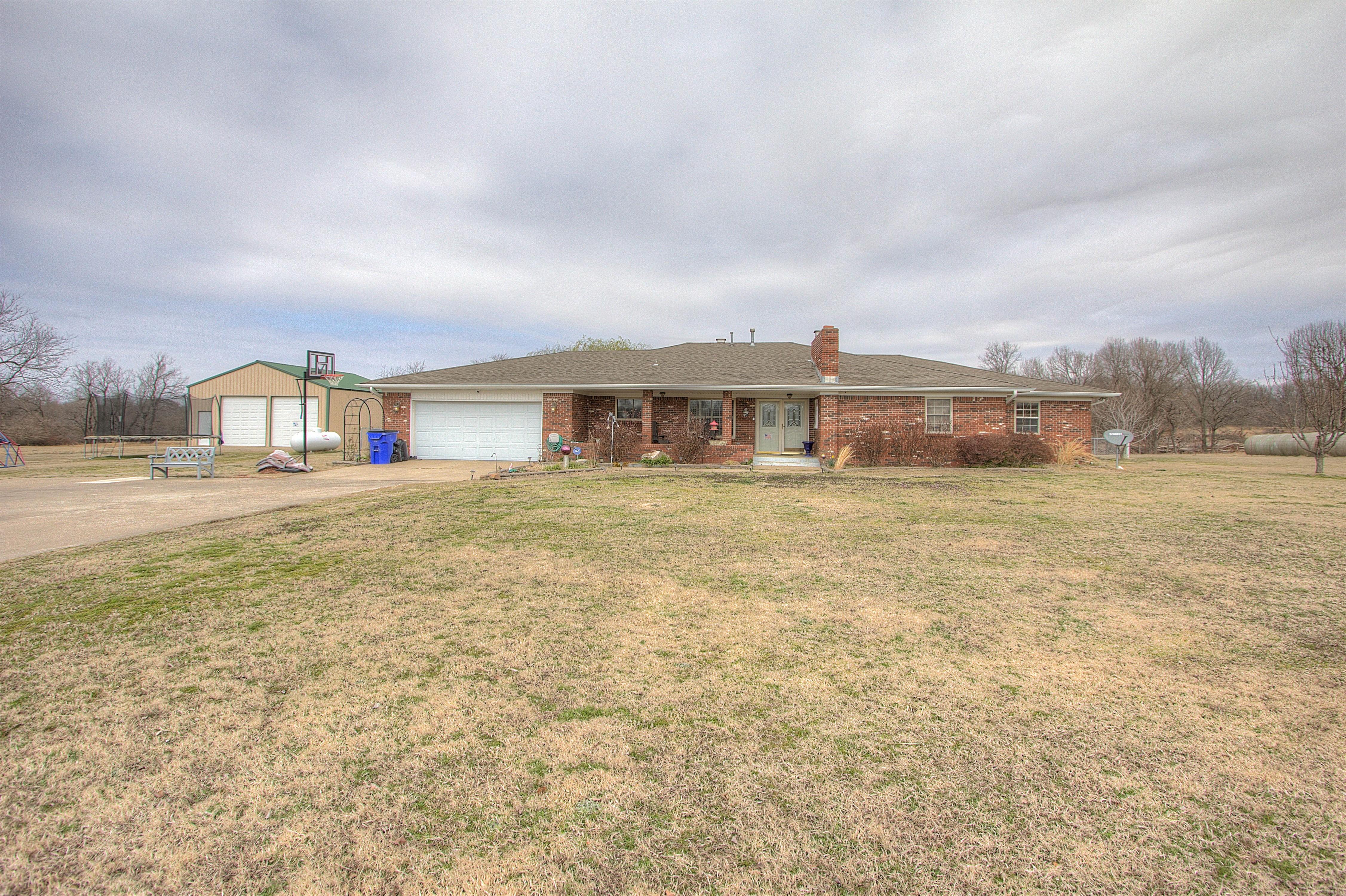 22843 E 161st Street Property Photo