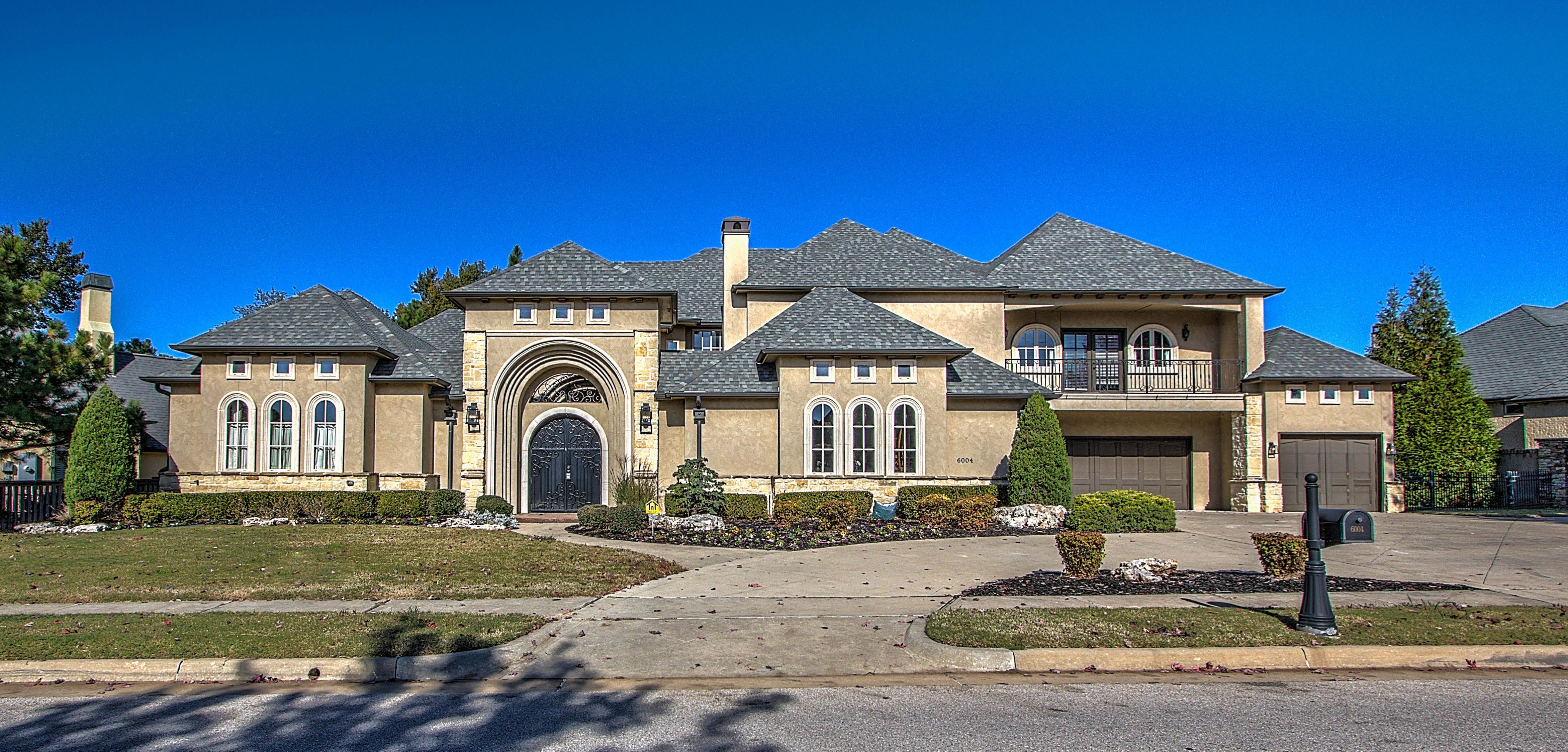 6004 W Twin Oaks Street Property Photo 1