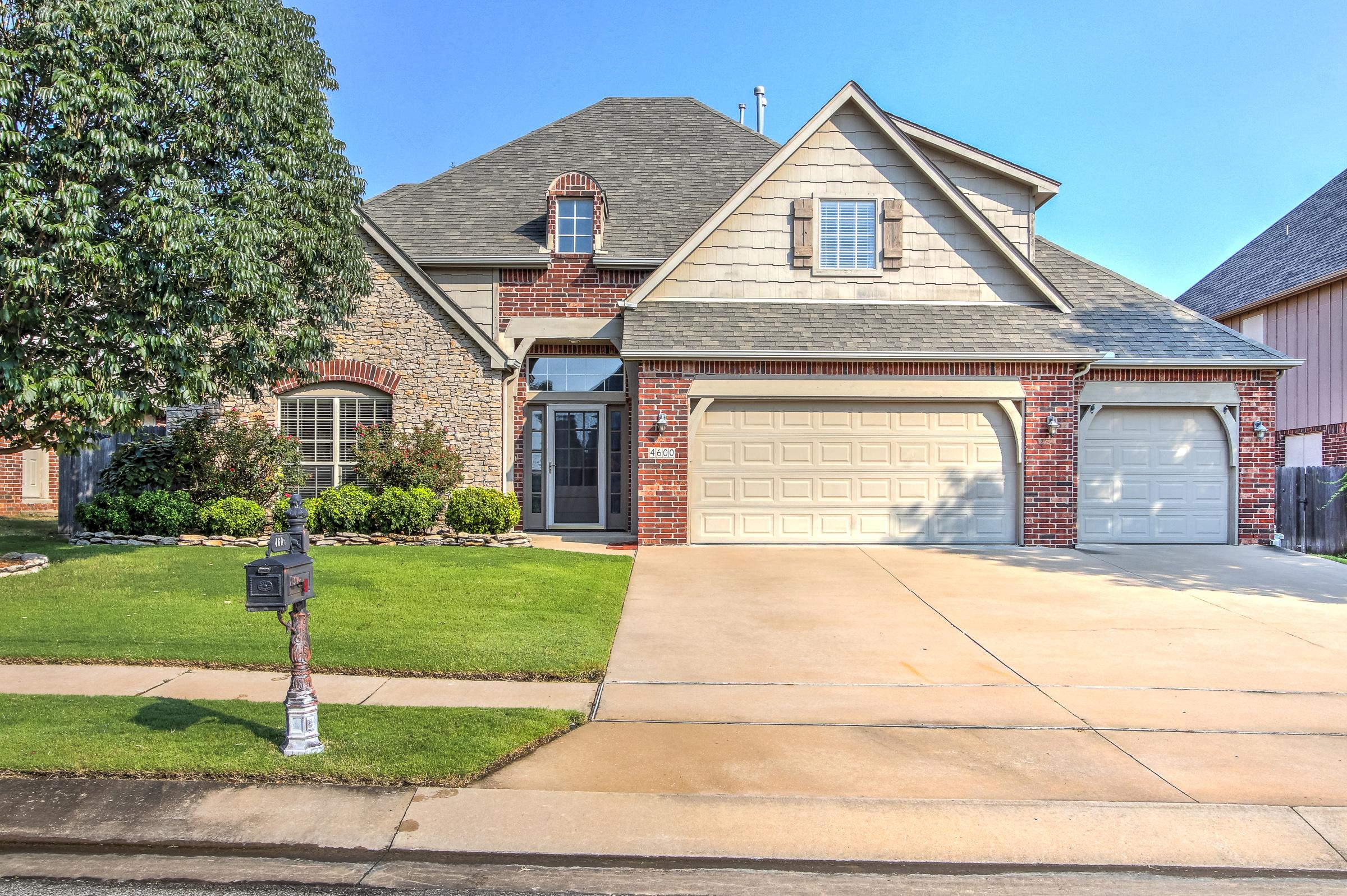 4600 W Louisville Street Property Photo